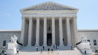 Supreme Court strikes down Tennessee residency requirement for liquor licenses