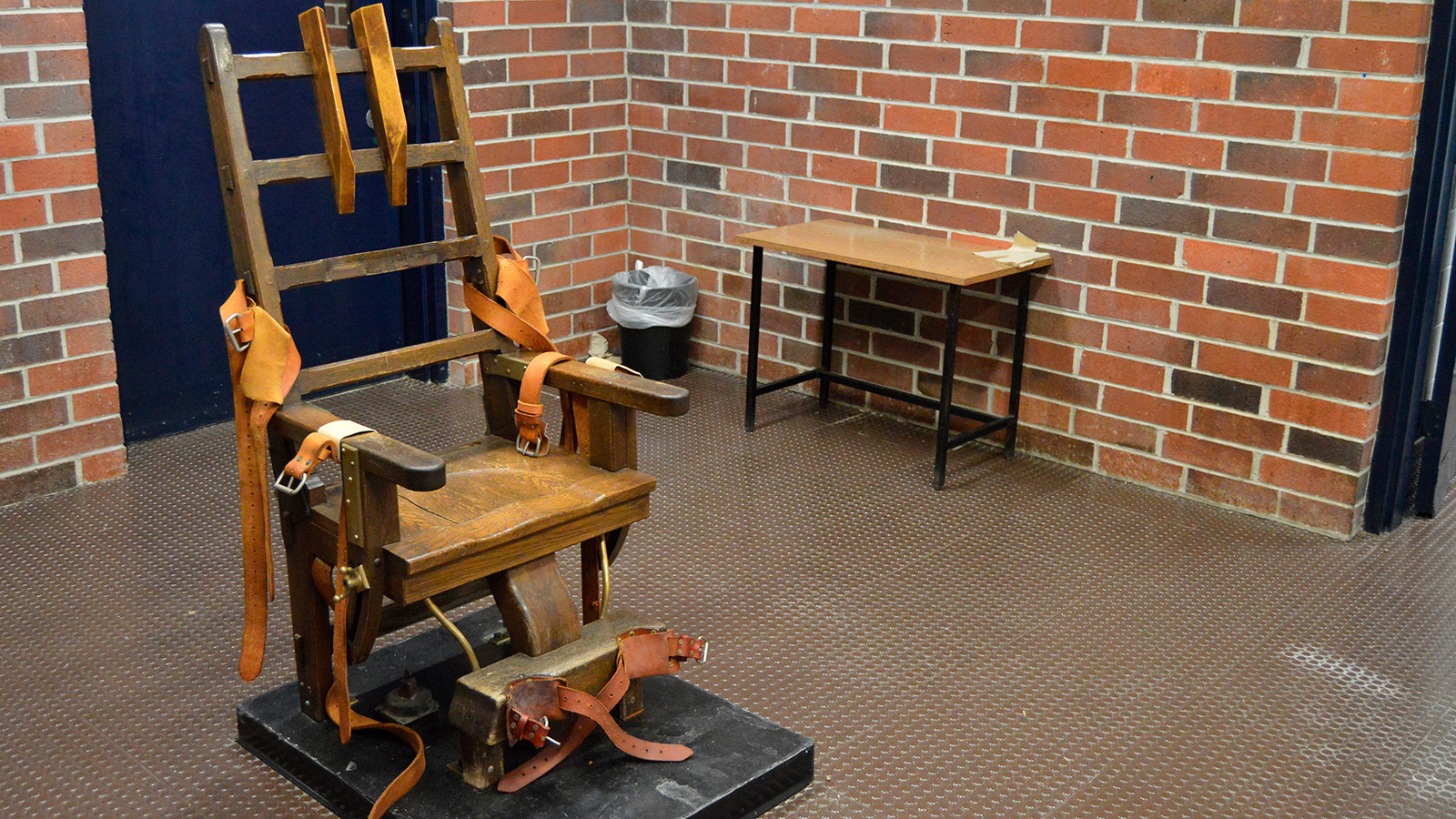 South Carolina court halts executions until the state's new firing squad option is finalized