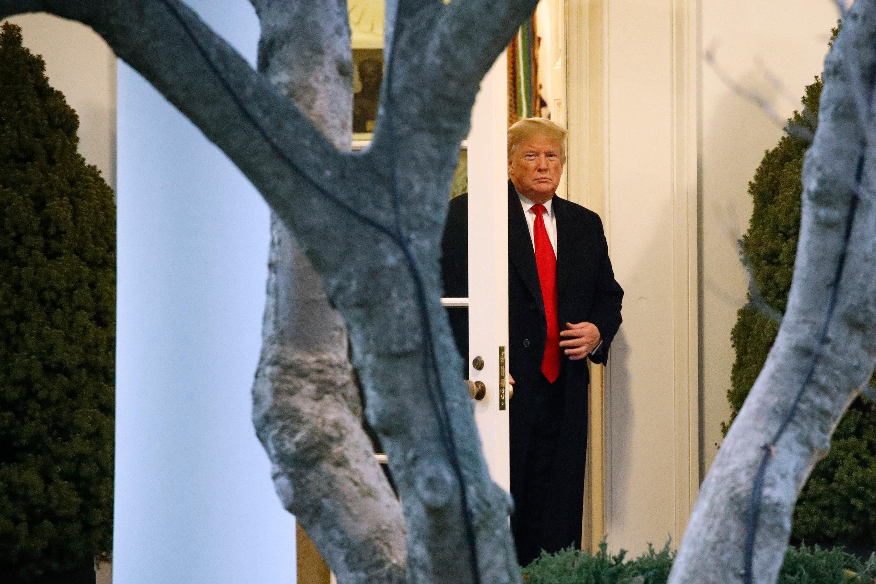 Trump talks Russia probe audit with attorney general and White House counsel in Oval Office meeting