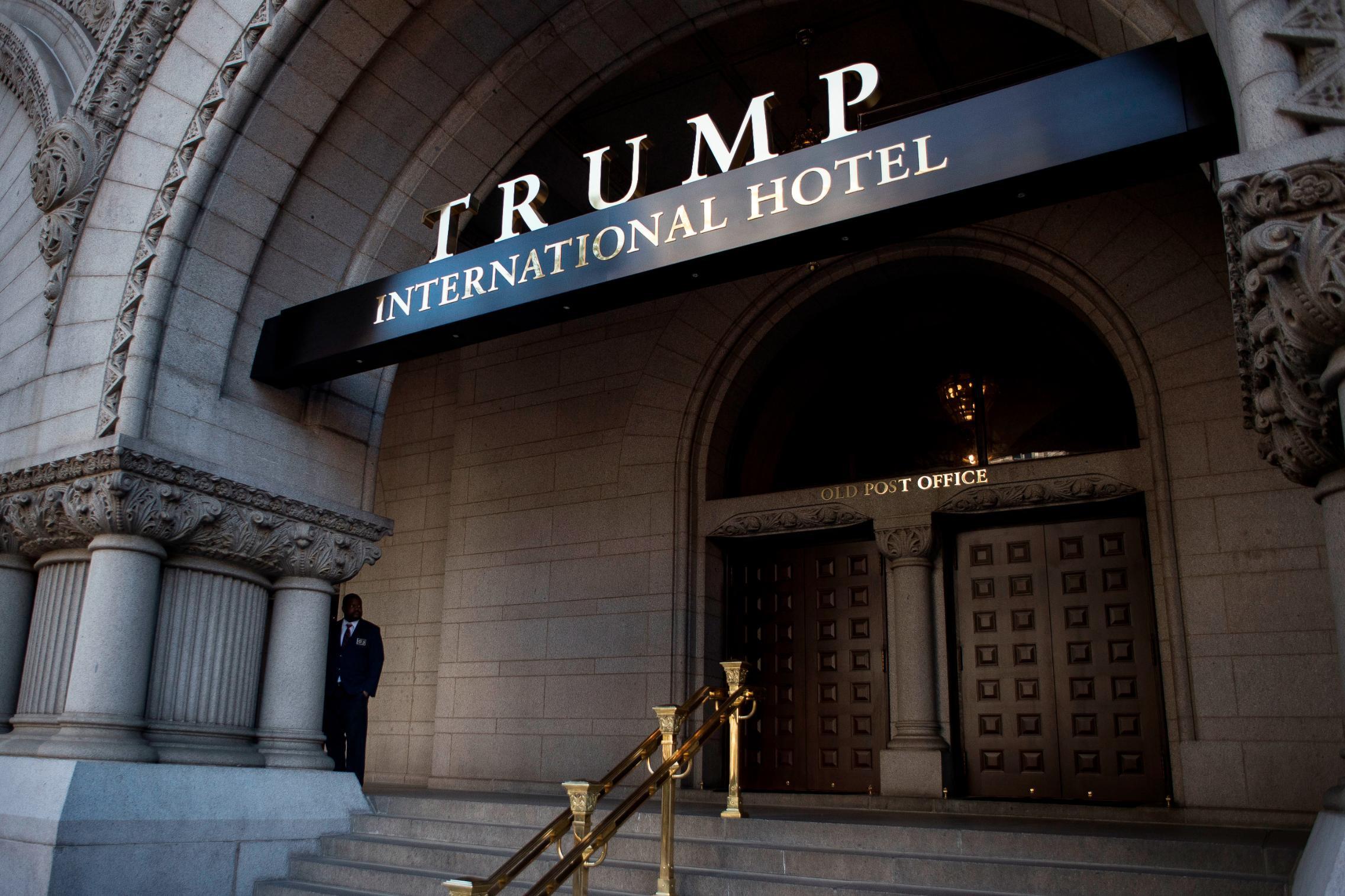 Trump Organization in advanced talks to sell Washington hotel lease, source says