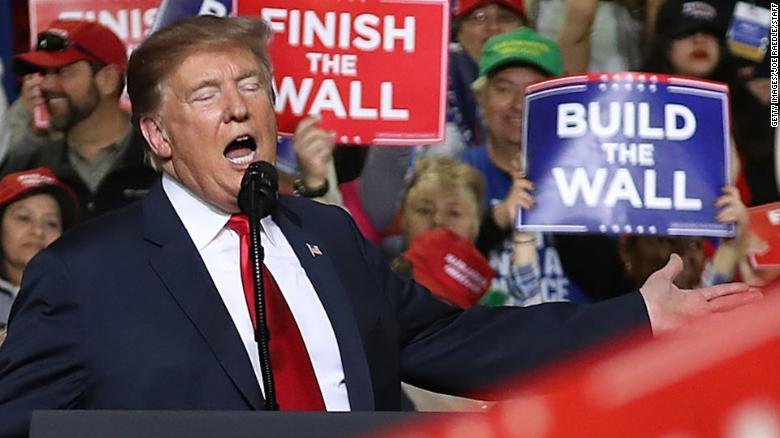 Trump set to begin West Coast swing with New Mexico rally