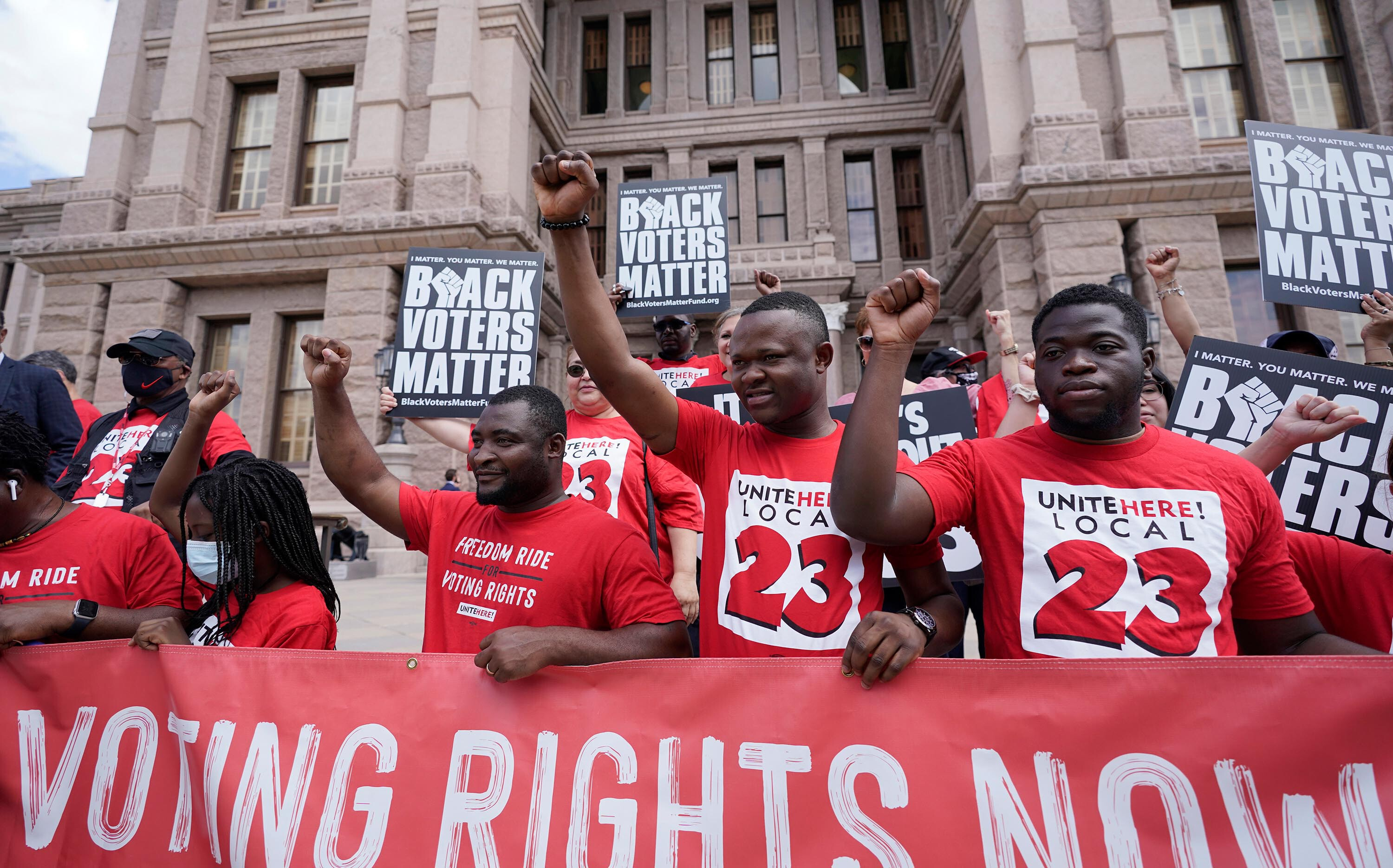 Texas House Democrats leave state to block Republicans from passing voting restrictions