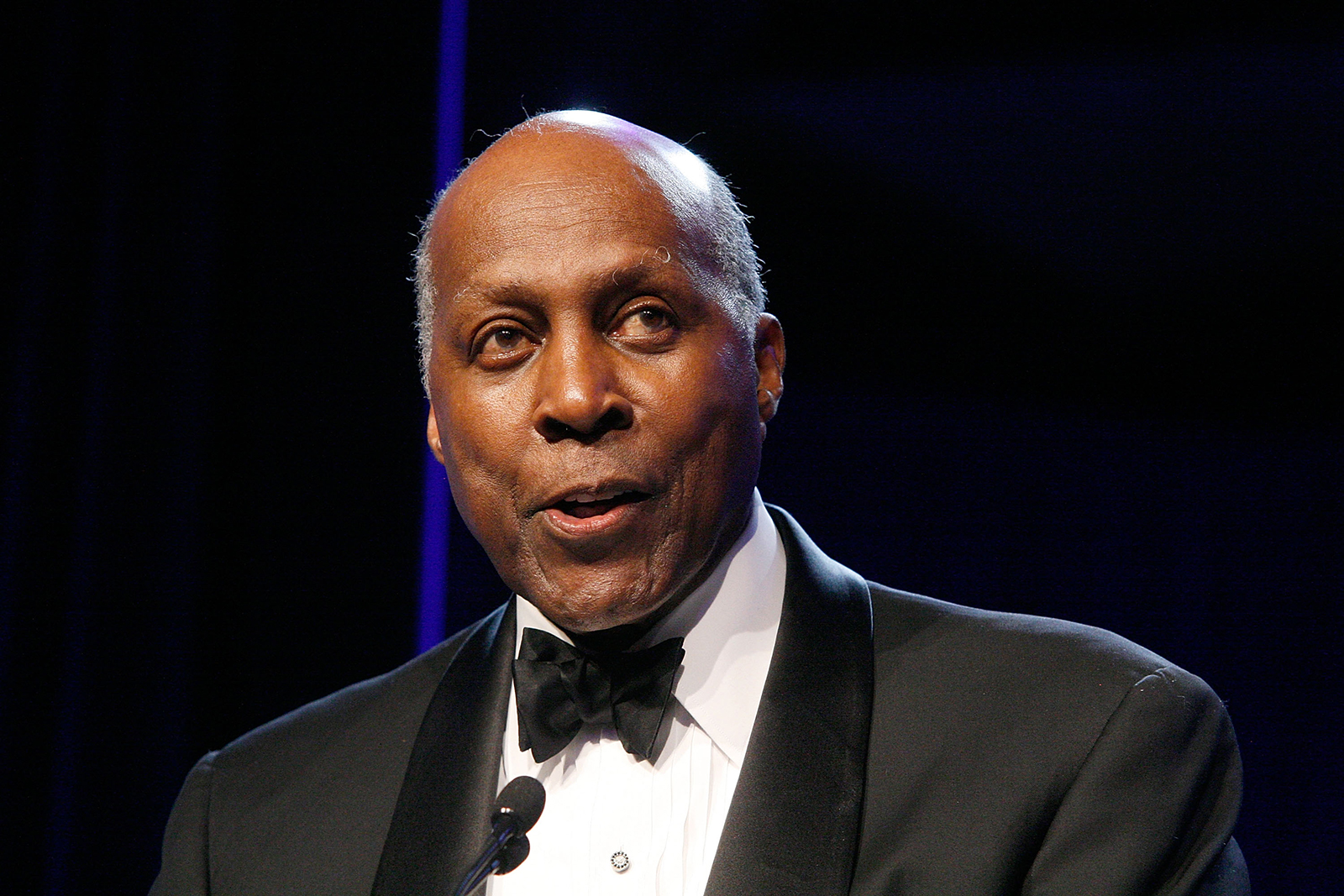 Vernon Jordan, civil rights leader and close ally of Bill Clinton, dies