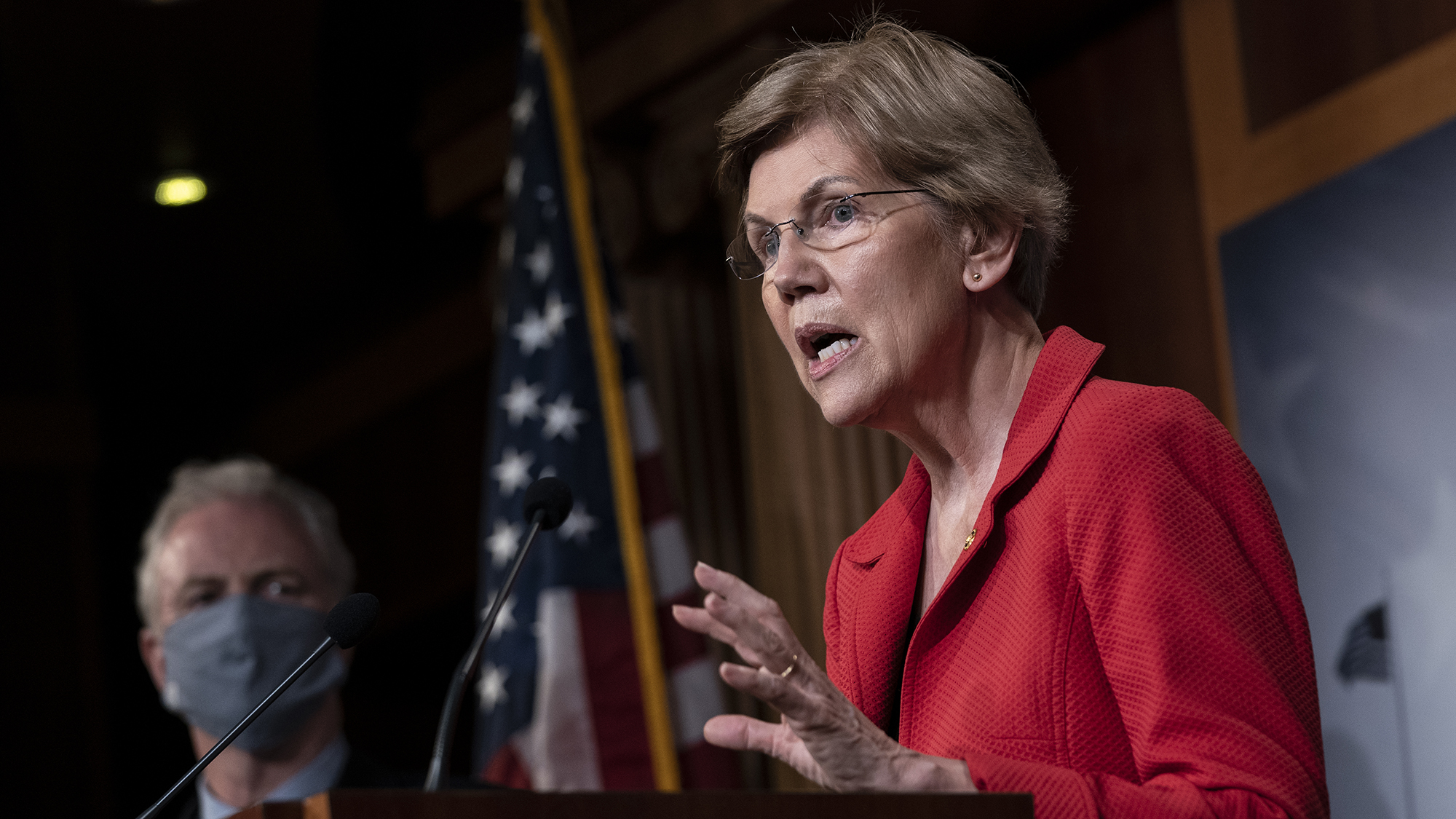 Elizabeth Warren says she'll run for reelection to the Senate in 2024