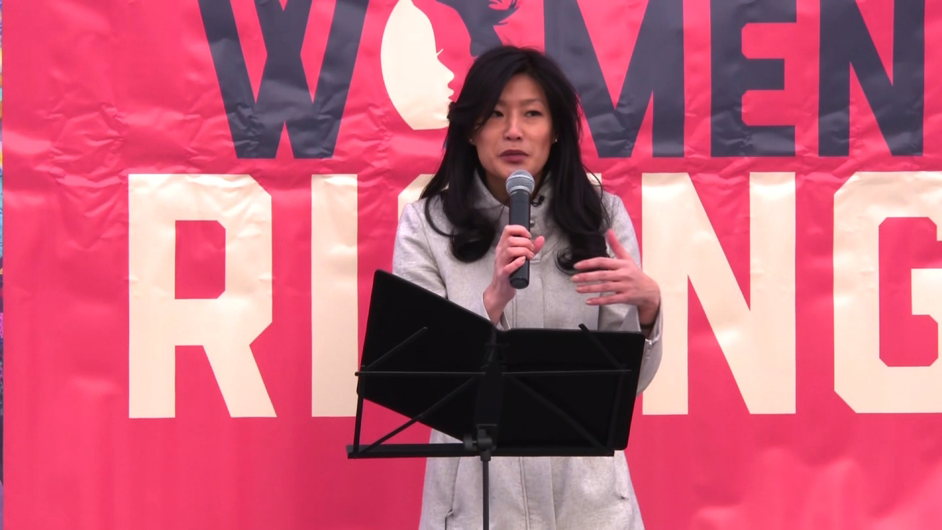 Evelyn Yang shares sexual assault survivor story at Women's March and says theme is 'very personal'