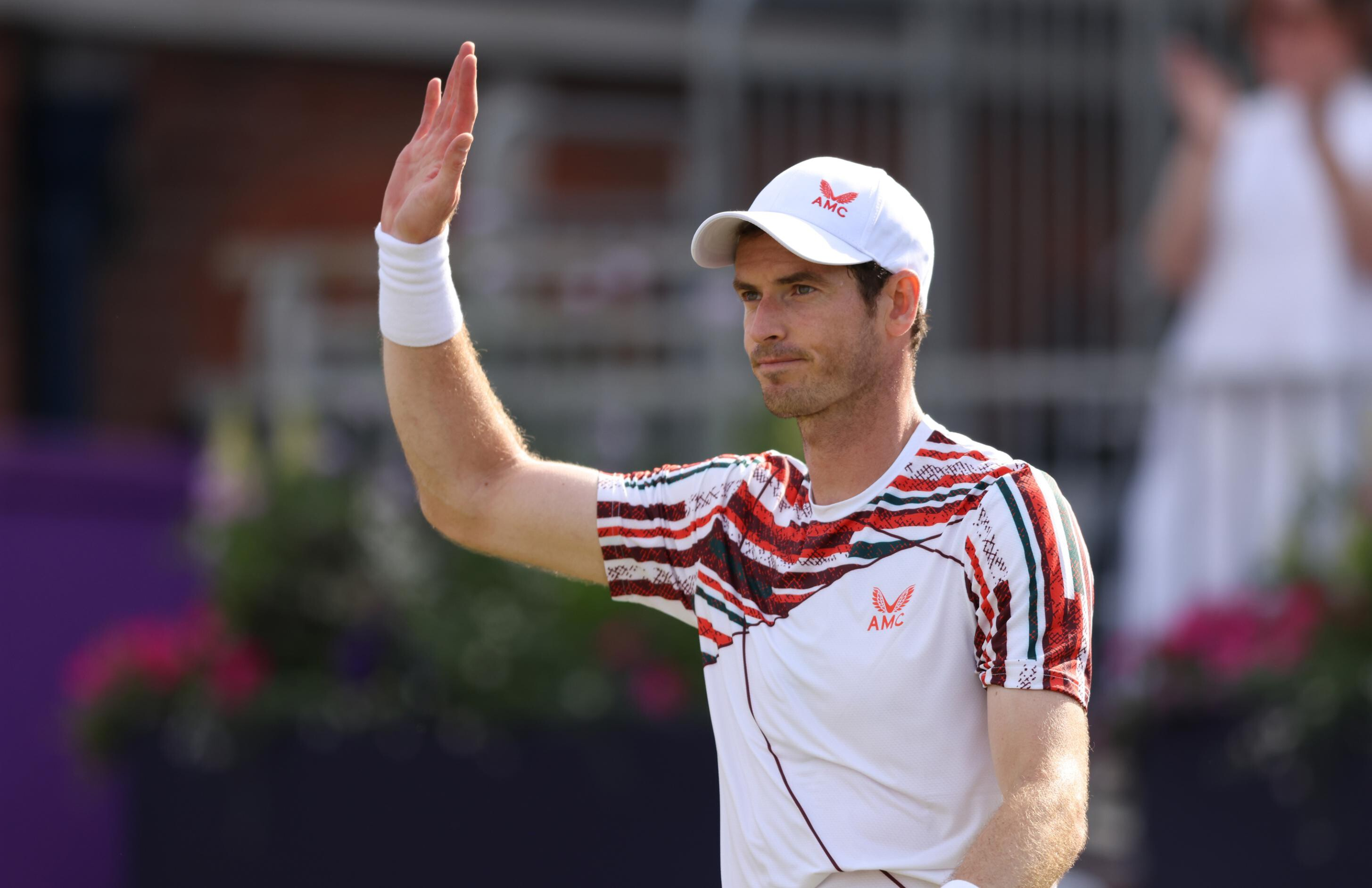 Tennis star Andy Murray says players 'have a responsibility' to get vaccine