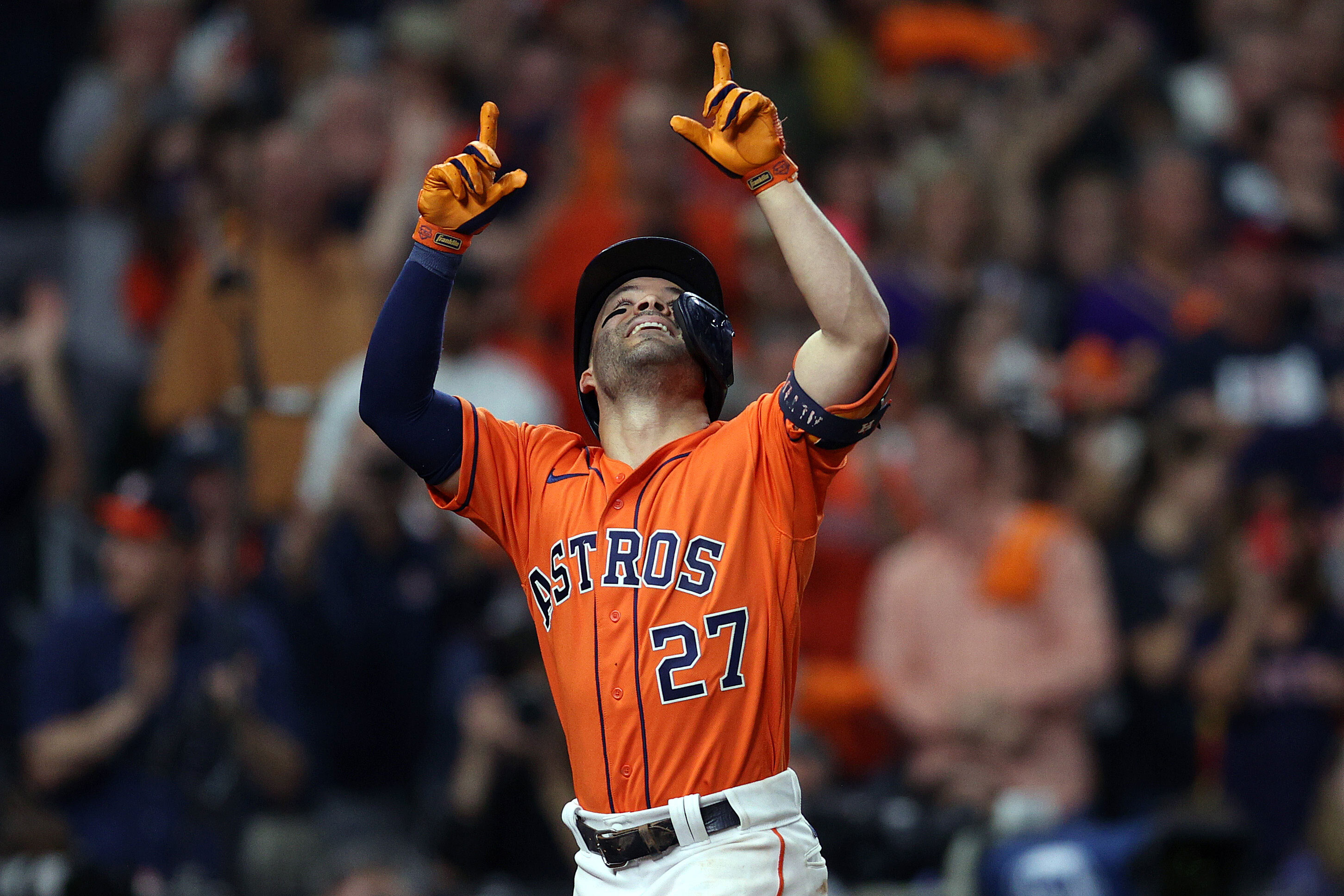 Houston Astros dominate Atlanta Braves to even up World Series with strong Game 2 win