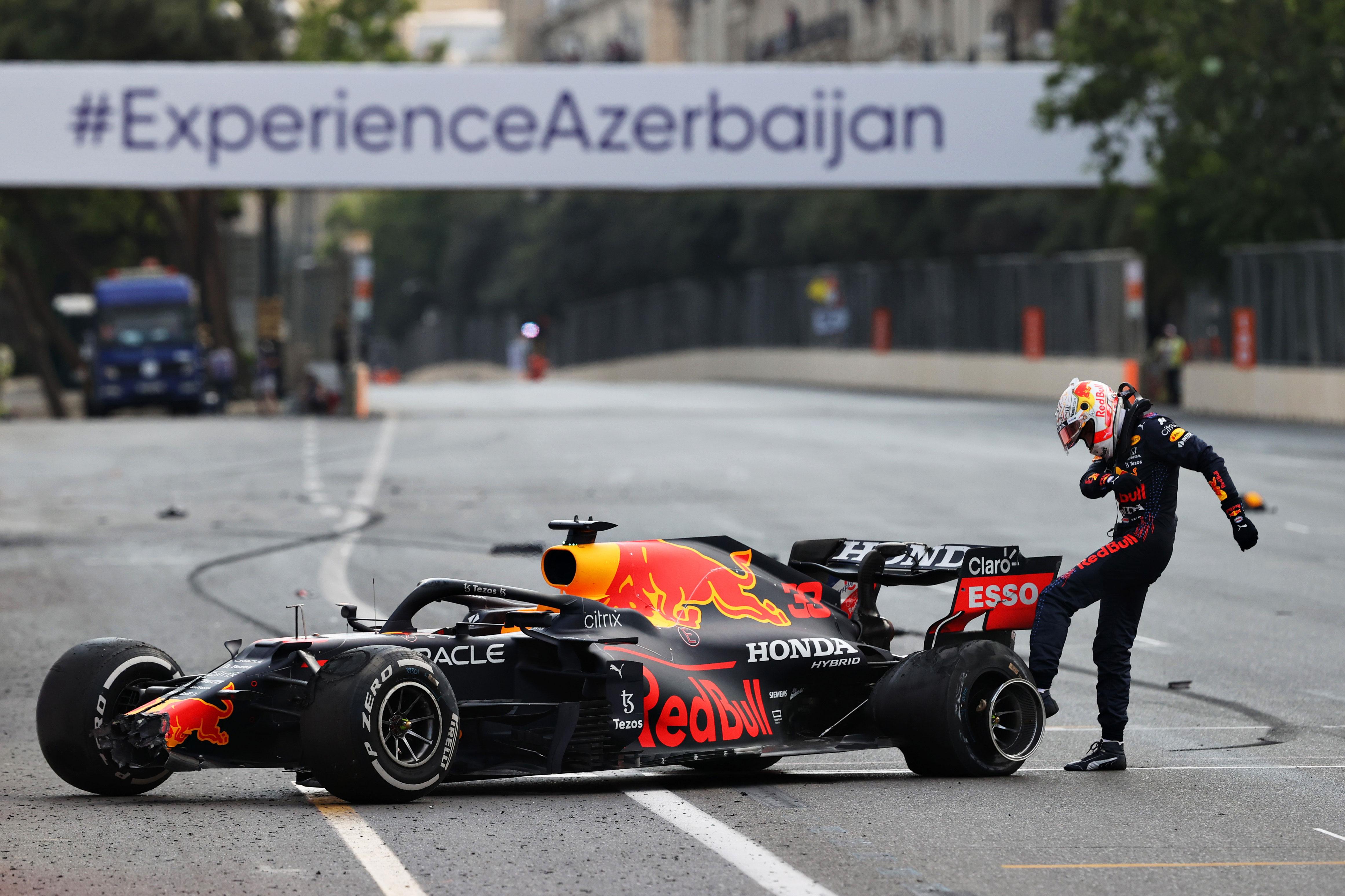 Azerbaijan Grand Prix: Max Verstappen suffers tire blow out as Sergio Perez claims win