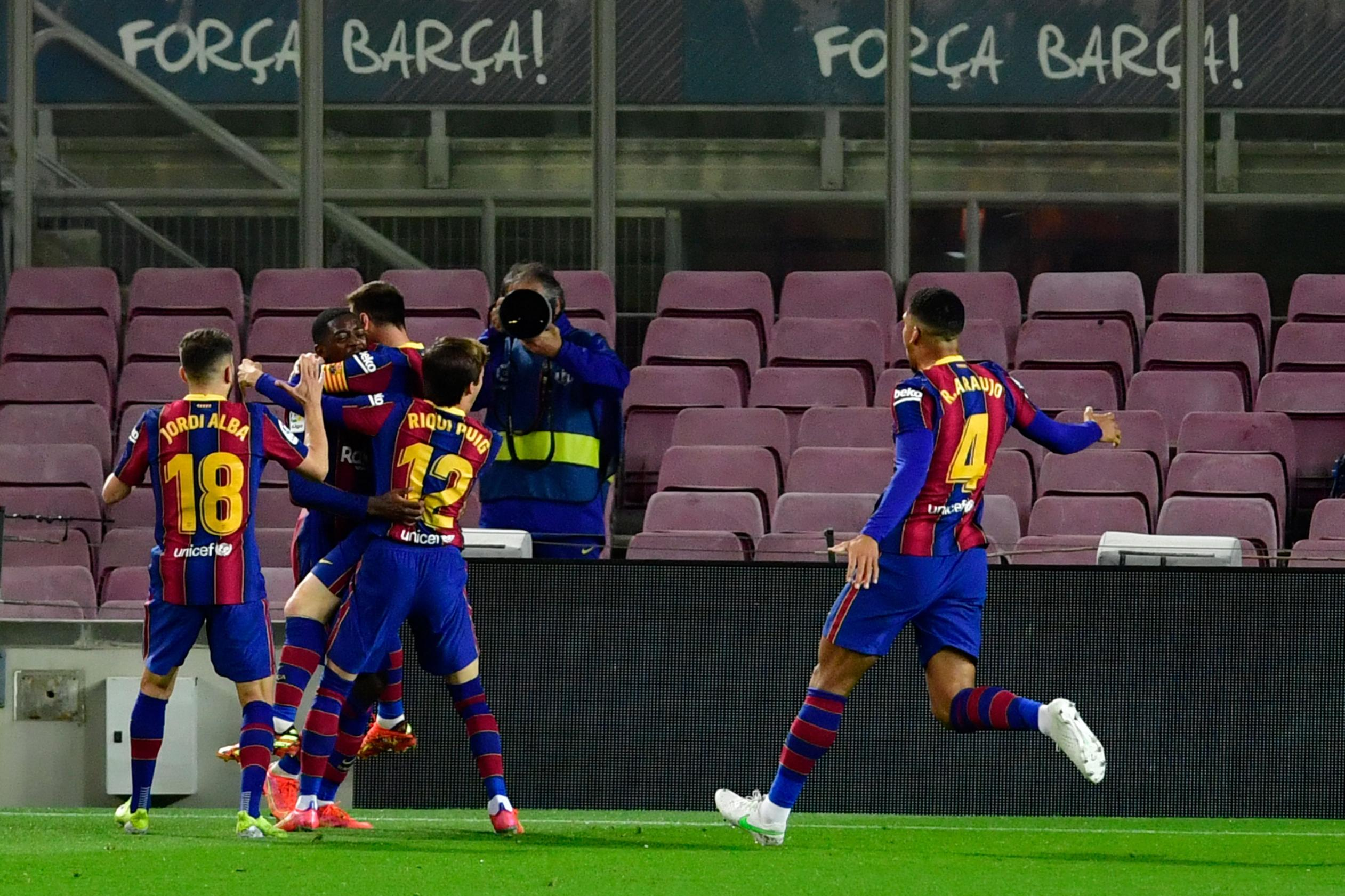 Ousmane Dembele's late winner moves Barcelona to within touching distance of La Liga summit