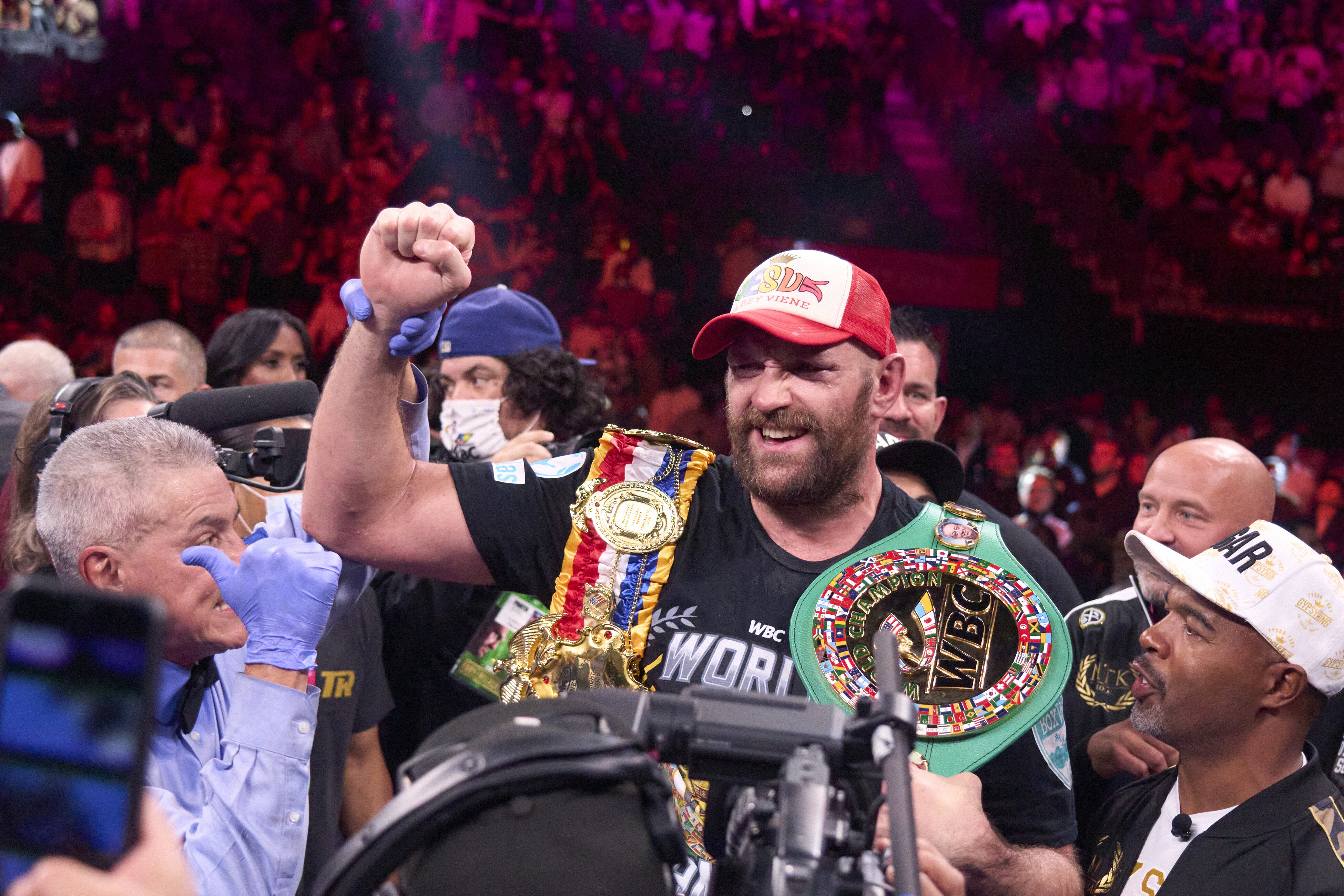 Tyson Fury: 'He's not the greatest,' says Dillian Whyte as he reviews the state of boxing's heavyweight division