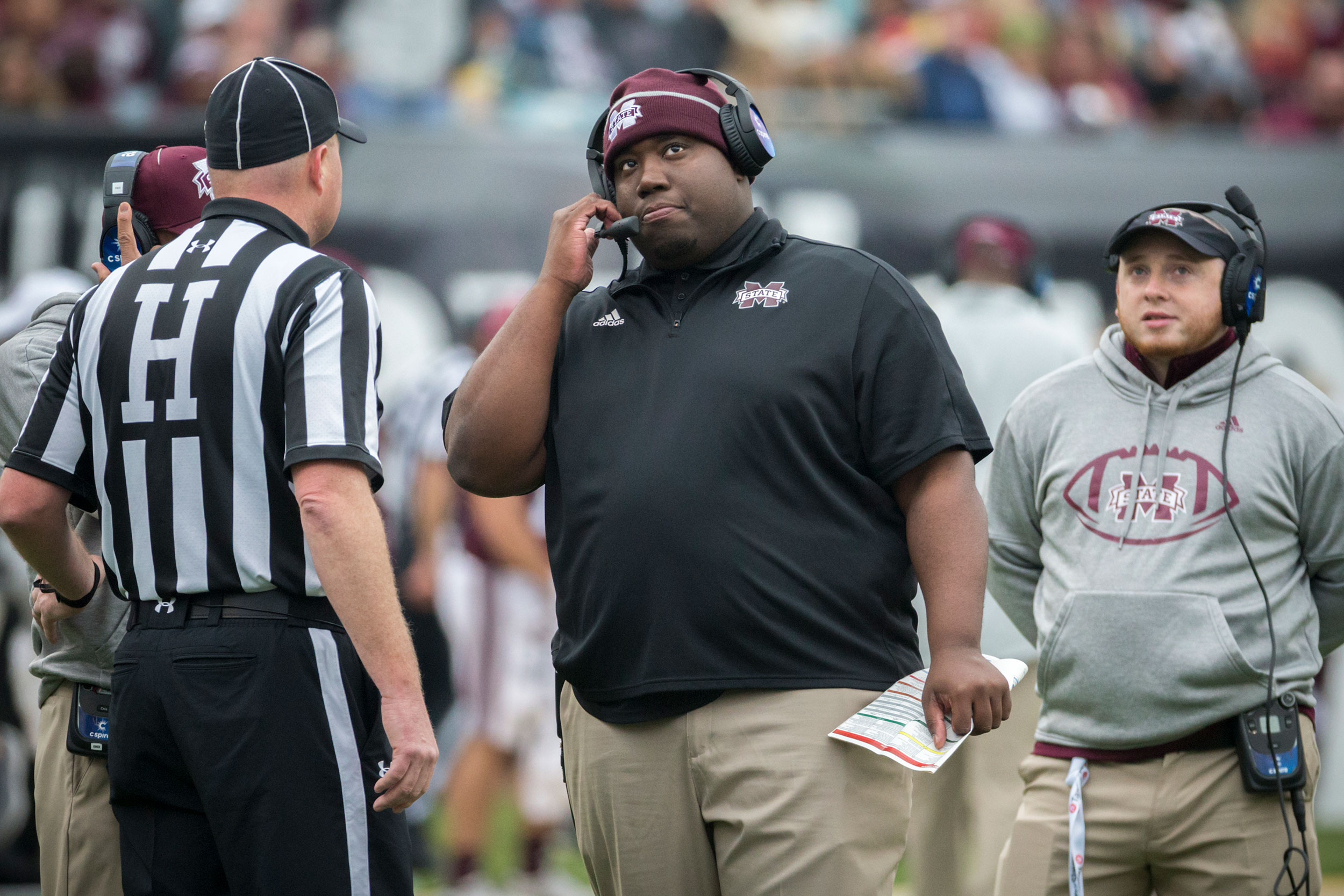 Louisiana-Lafayette assistant football coach D.J. Looney dies at 31