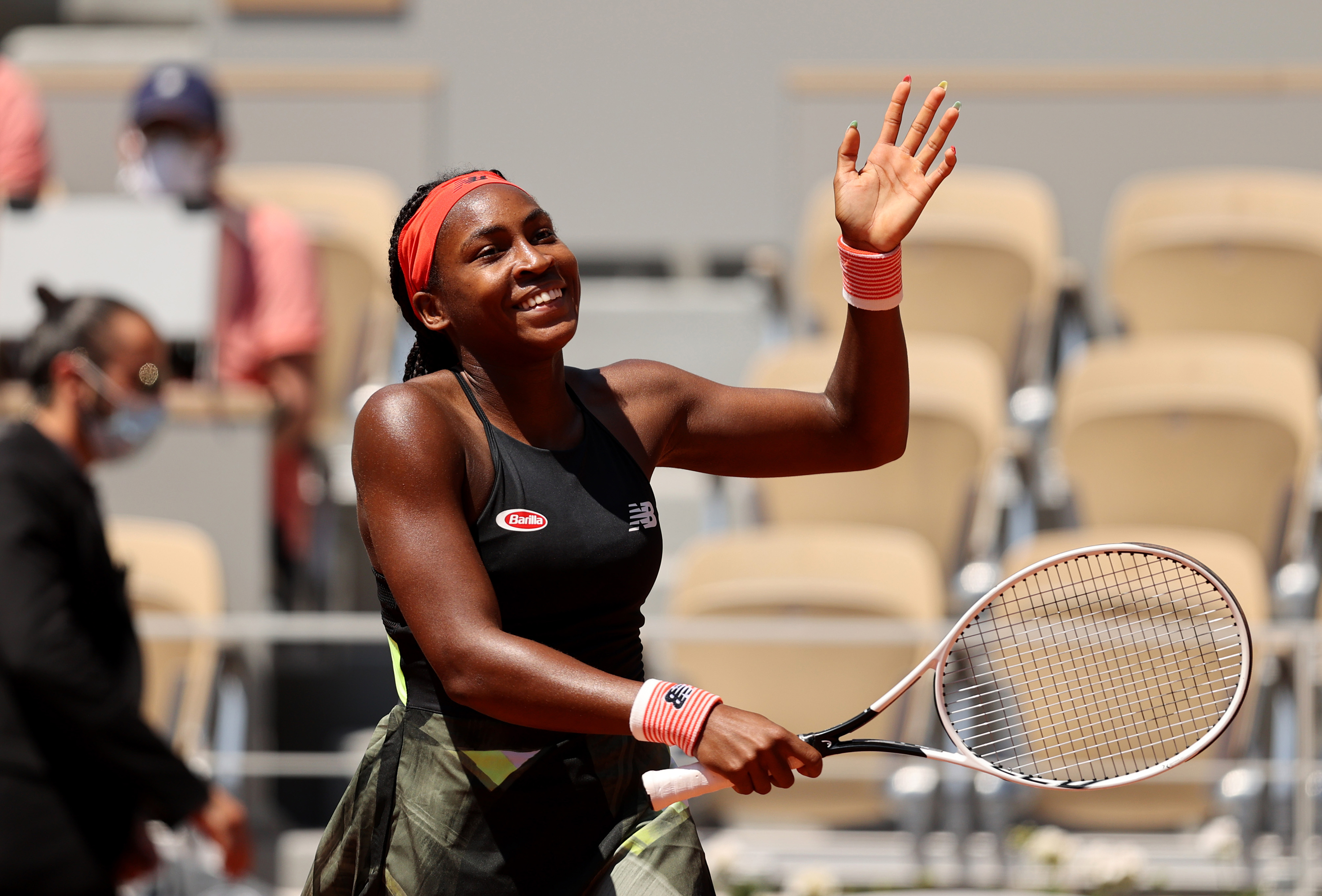 Coco Gauff becomes youngest woman to reach grand slam quarterfinal in 15 years at French Open