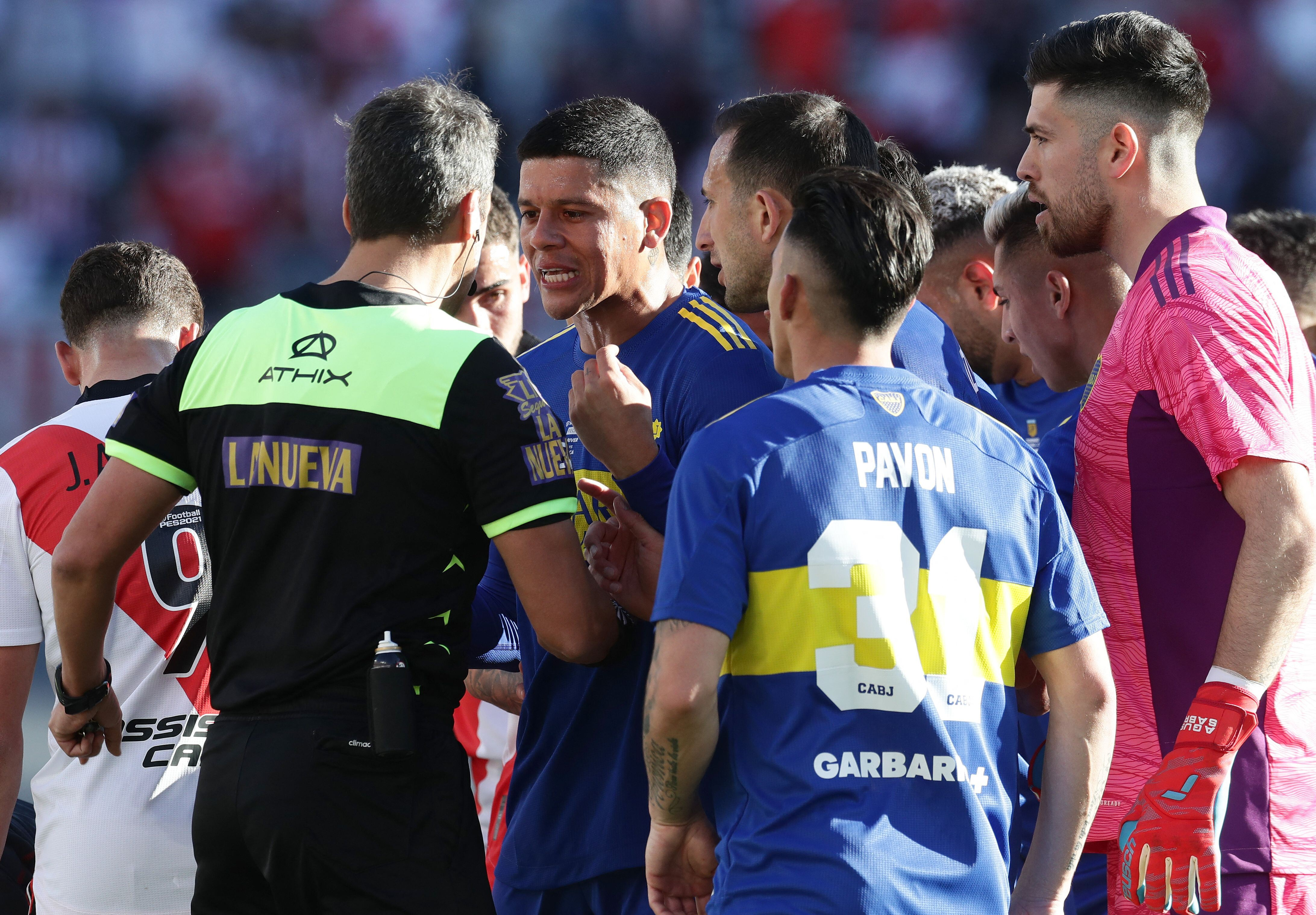 River Plate defeats Boca Juniors as ex-Manchester United star Marcos Rojo sees red