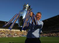 English Premier League players 'thrown under a PR bus' by clubs, says Gary Lineker