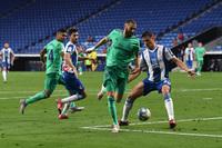 Karim Benzema's 'magic' assist gives Real Madrid the edge over Barcelona in La Liga title race