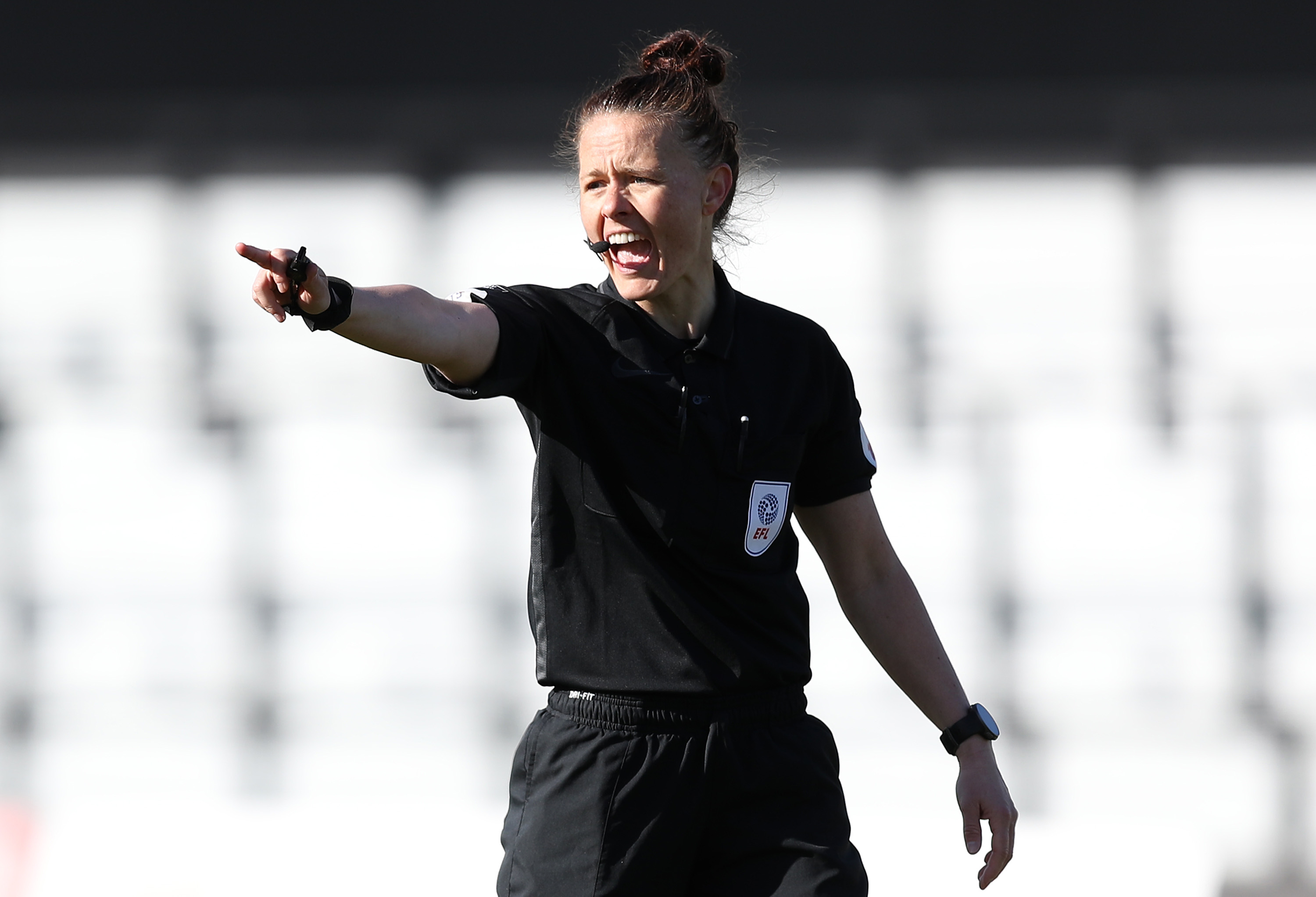 Referee Rebecca Welch makes history in English Football League debut