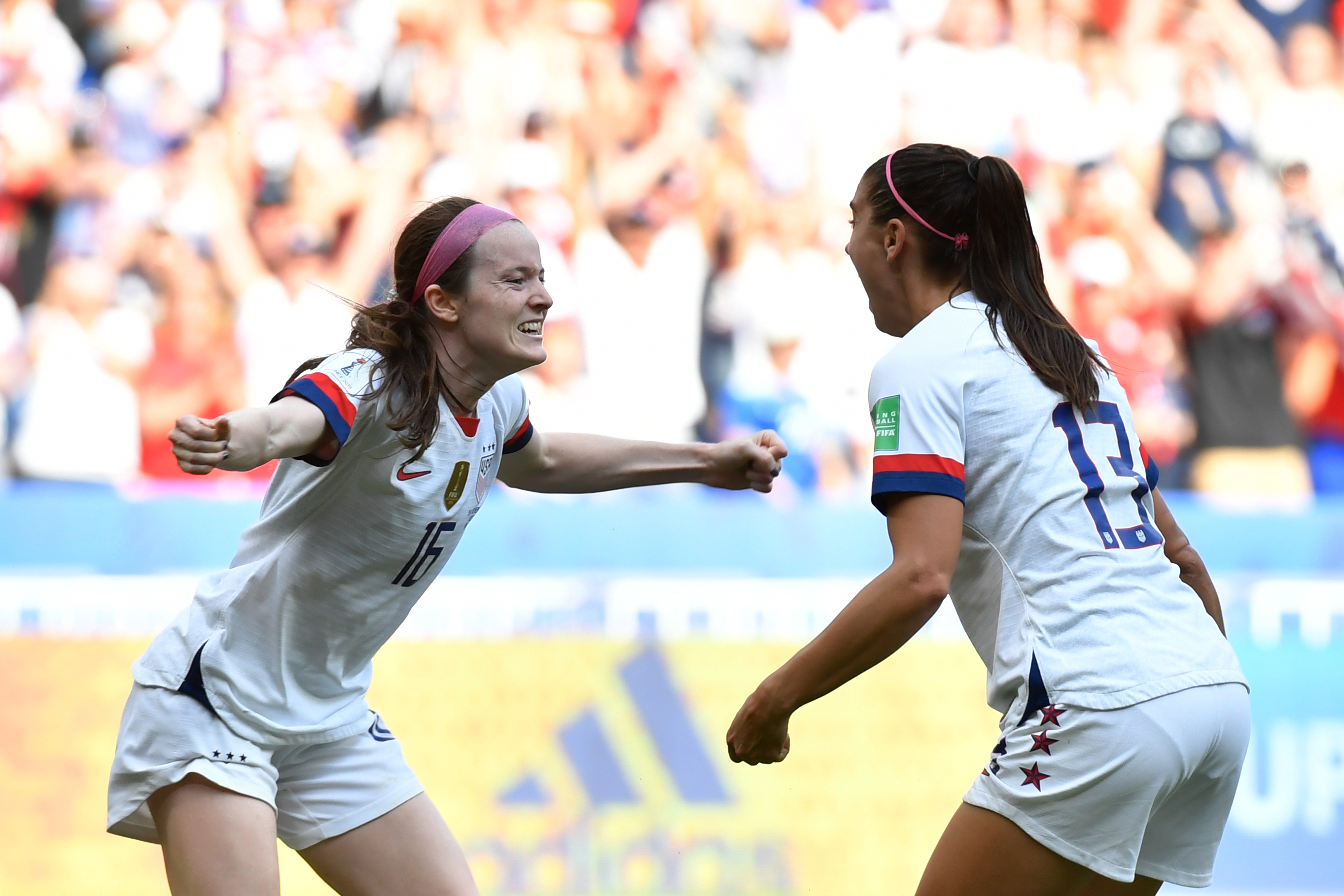 "Rose Lavelle and Alex Morgan lead ""American invasion"" of English football"