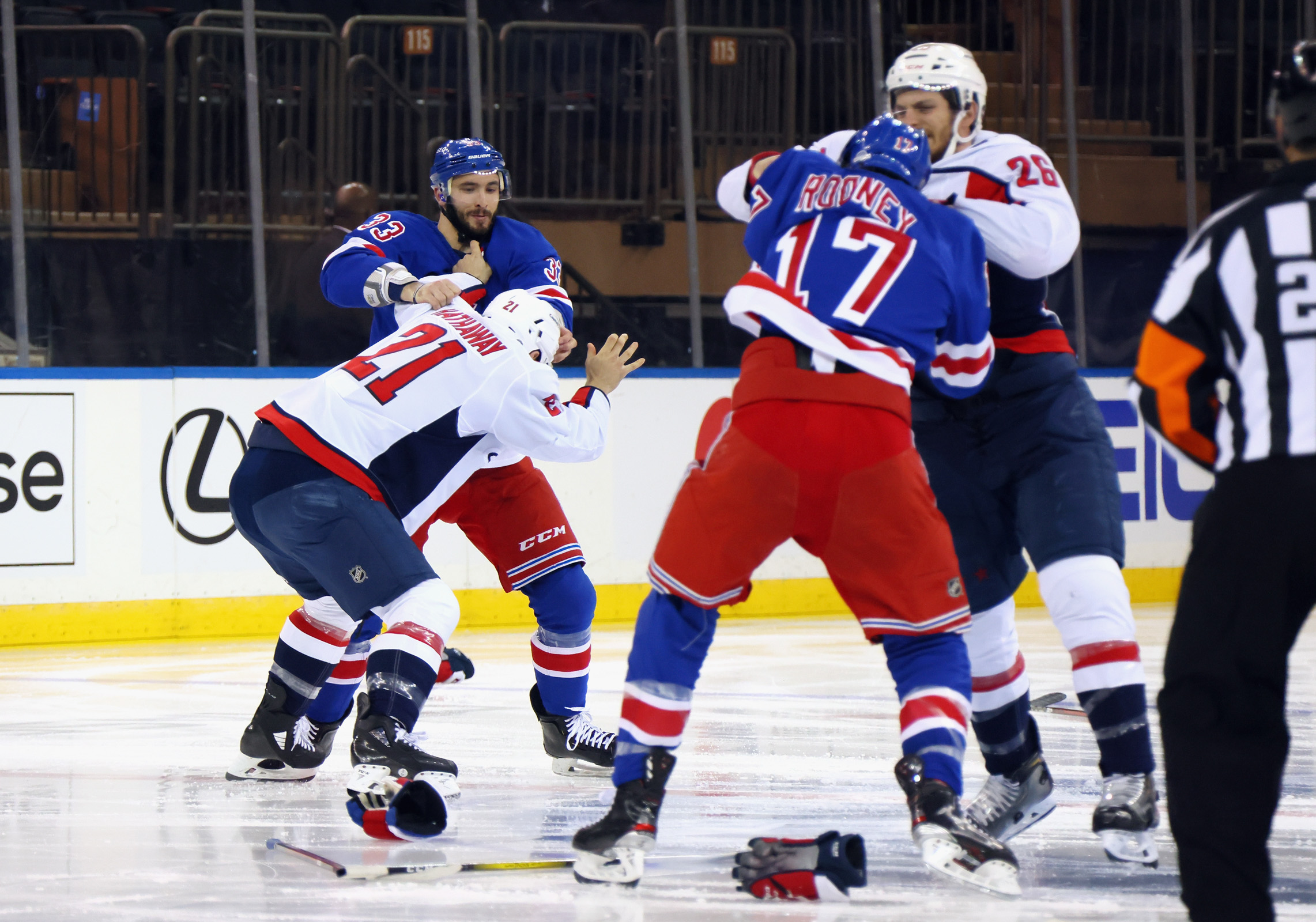 Huge brawl mars hockey game as controversy continues between Rangers and Capitals