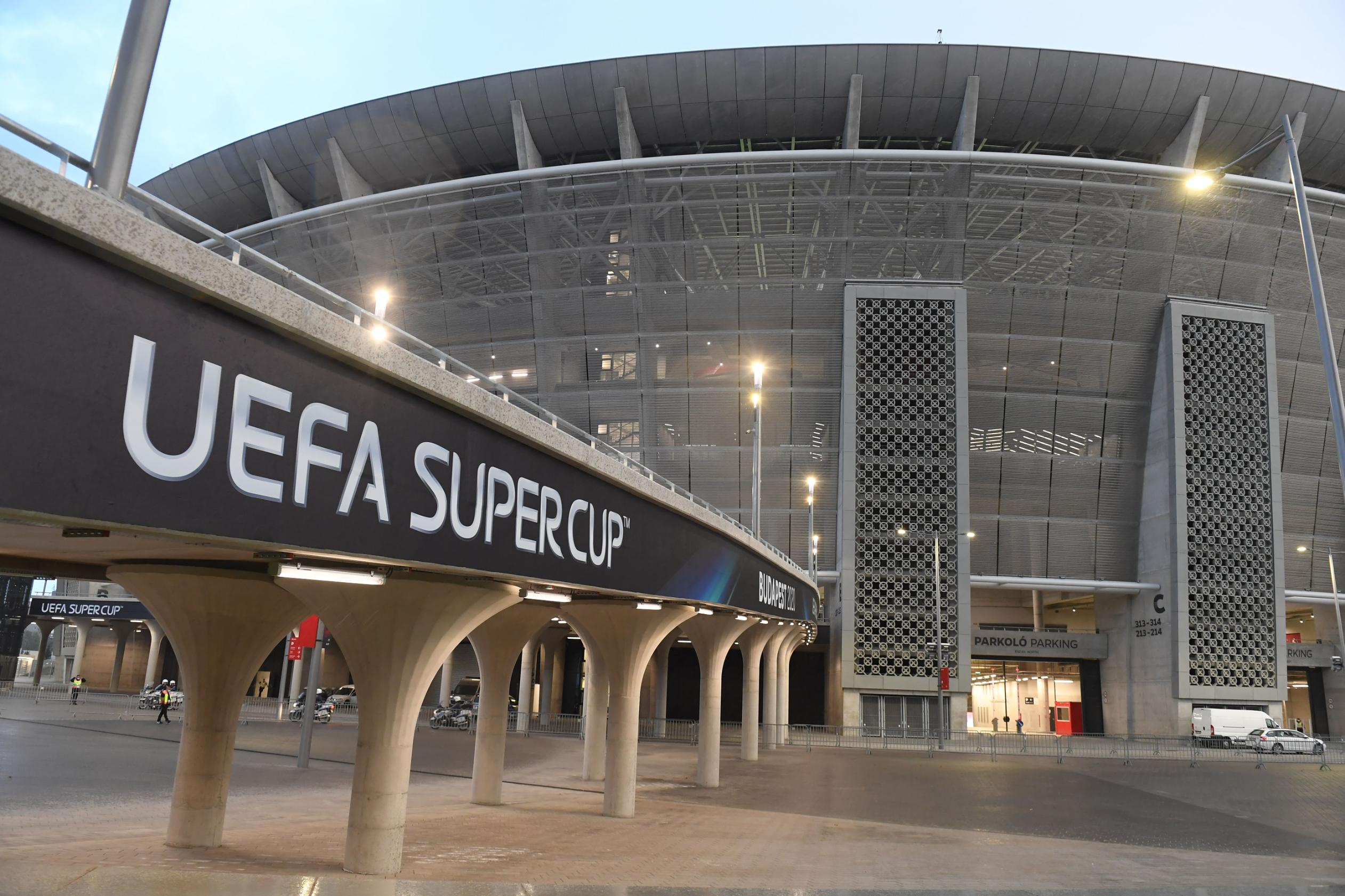 Budapest welcomes 15,500 fans for UEFA Super Cup amid growing coronavirus fears