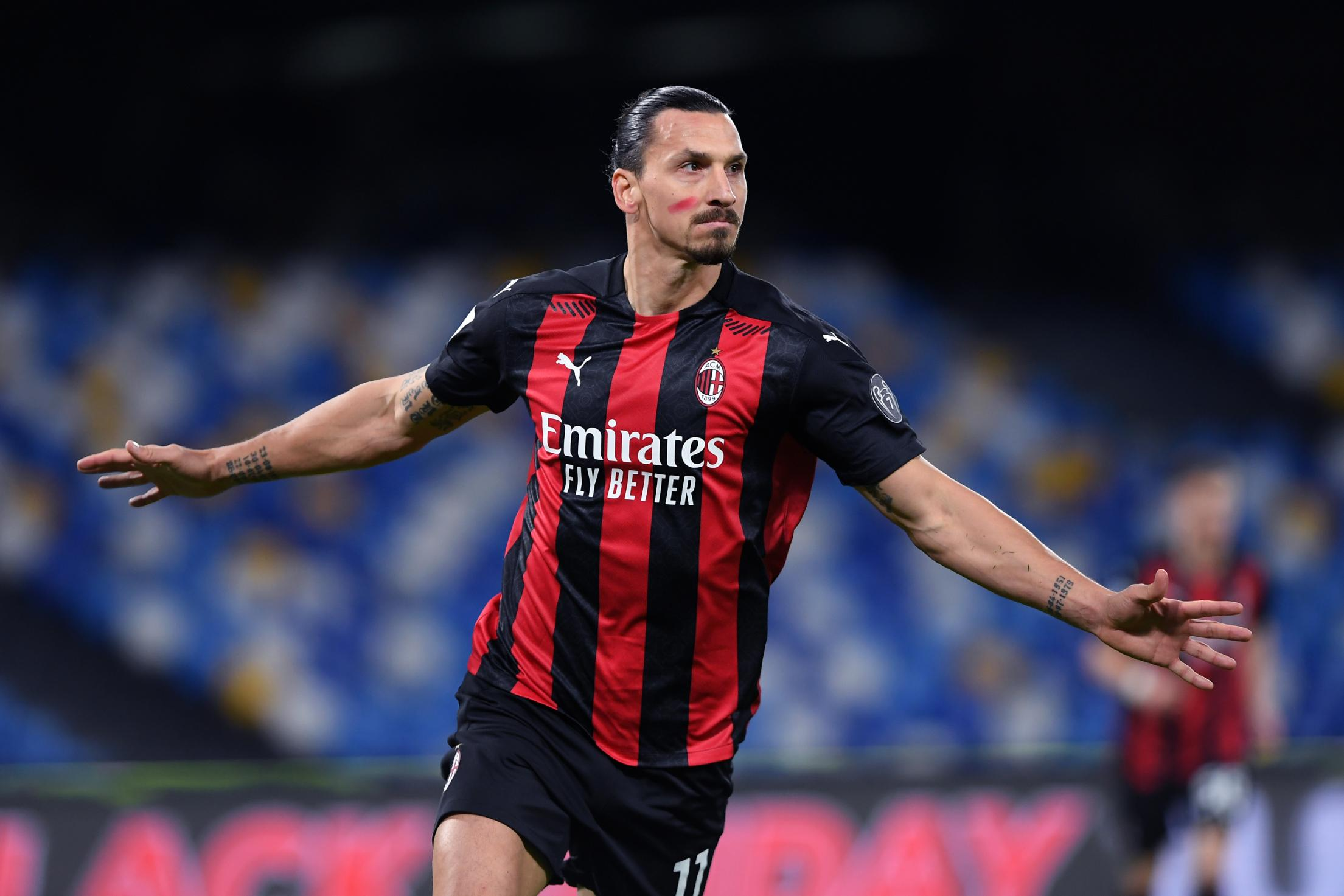 Zlatan Ibrahimovic scores twice before getting injured as AC Milan extends unbeaten run