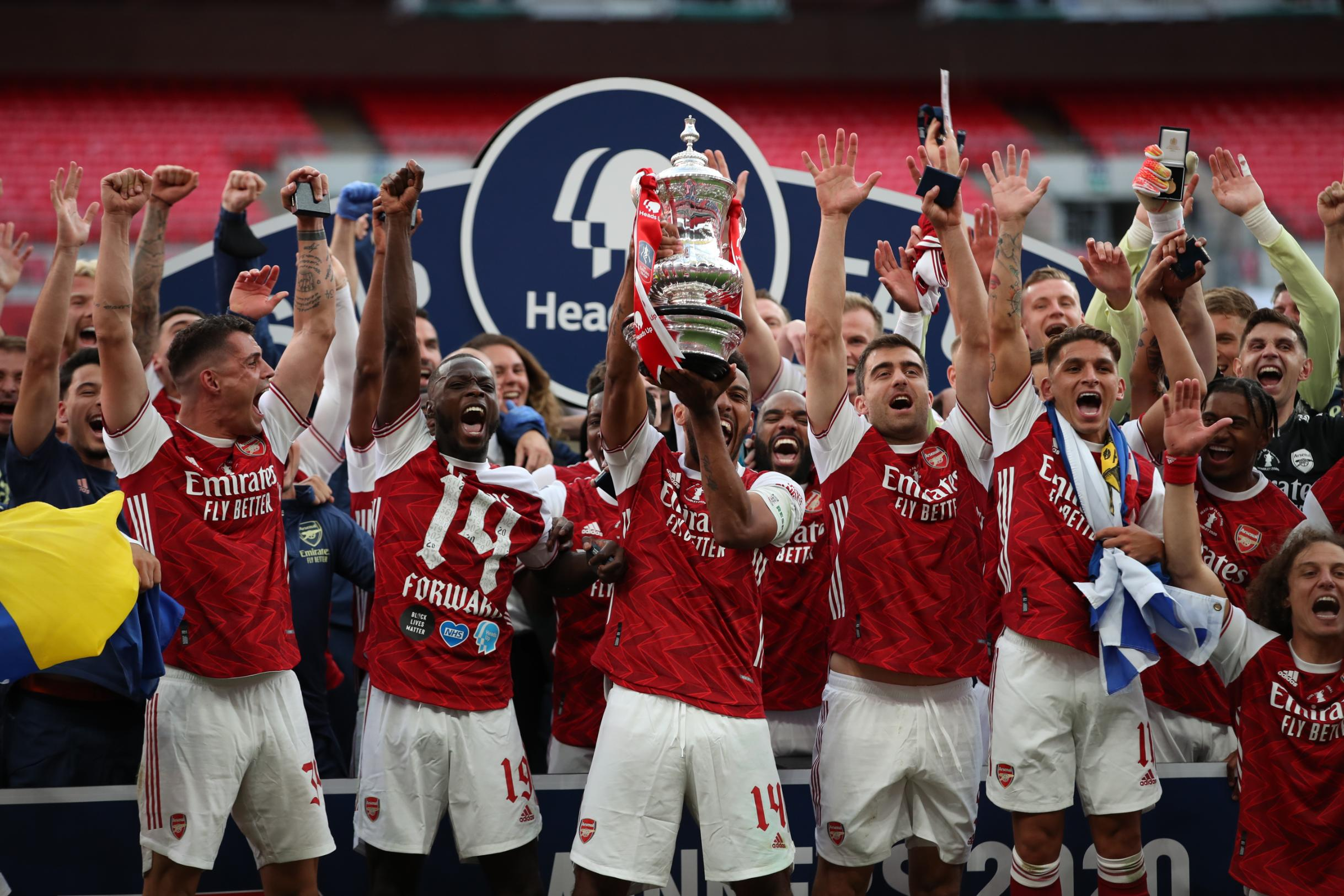 Pierre-Emerick Aubameyang brace helps Arsenal lift the FA Cup against Chelsea