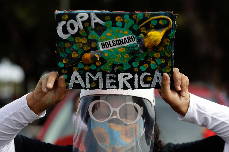 Brazilian players and staff criticize Copa America in a public letter