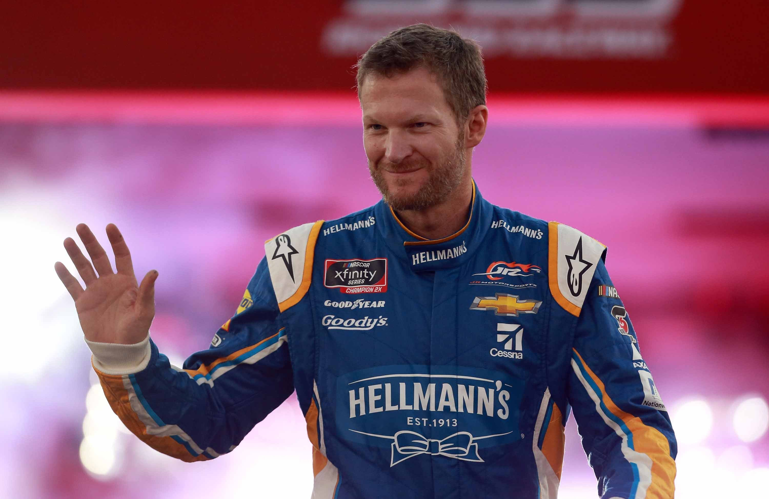 Dale Earnhardt Jr. still has sore back but plans on racing at Darlington