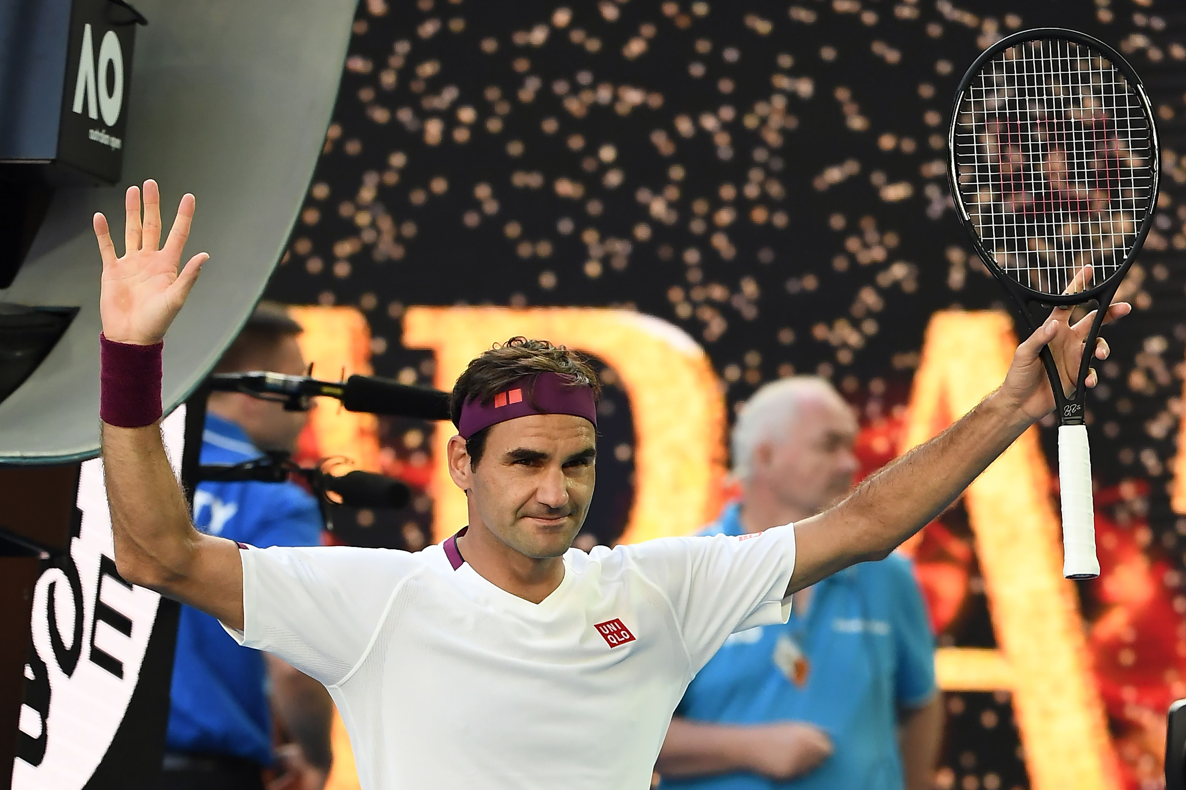 Roger Federer saves seven match points against Tennys Sandgren to reach Australian Open semifinals