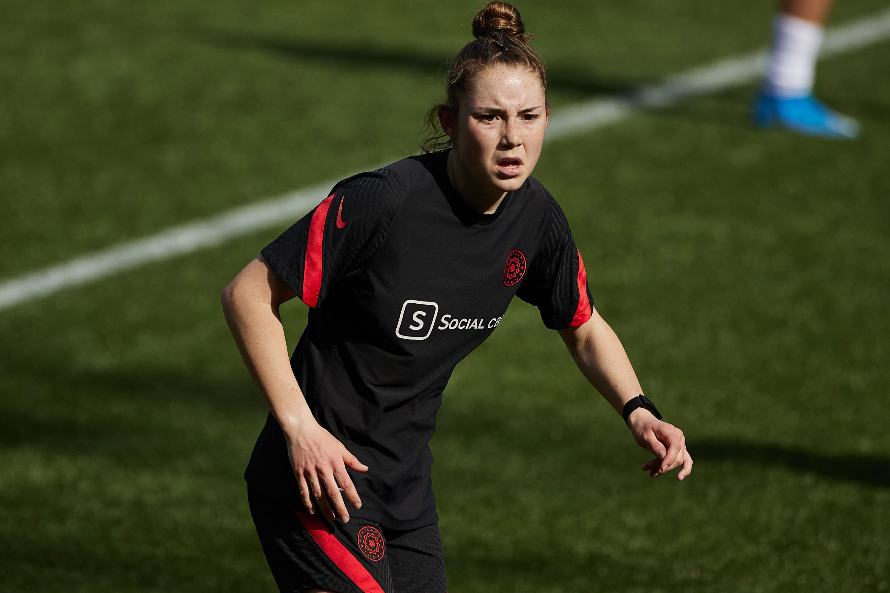 Olivia Moultrie, 15, makes history by signing with NWSL's Portland Thorns