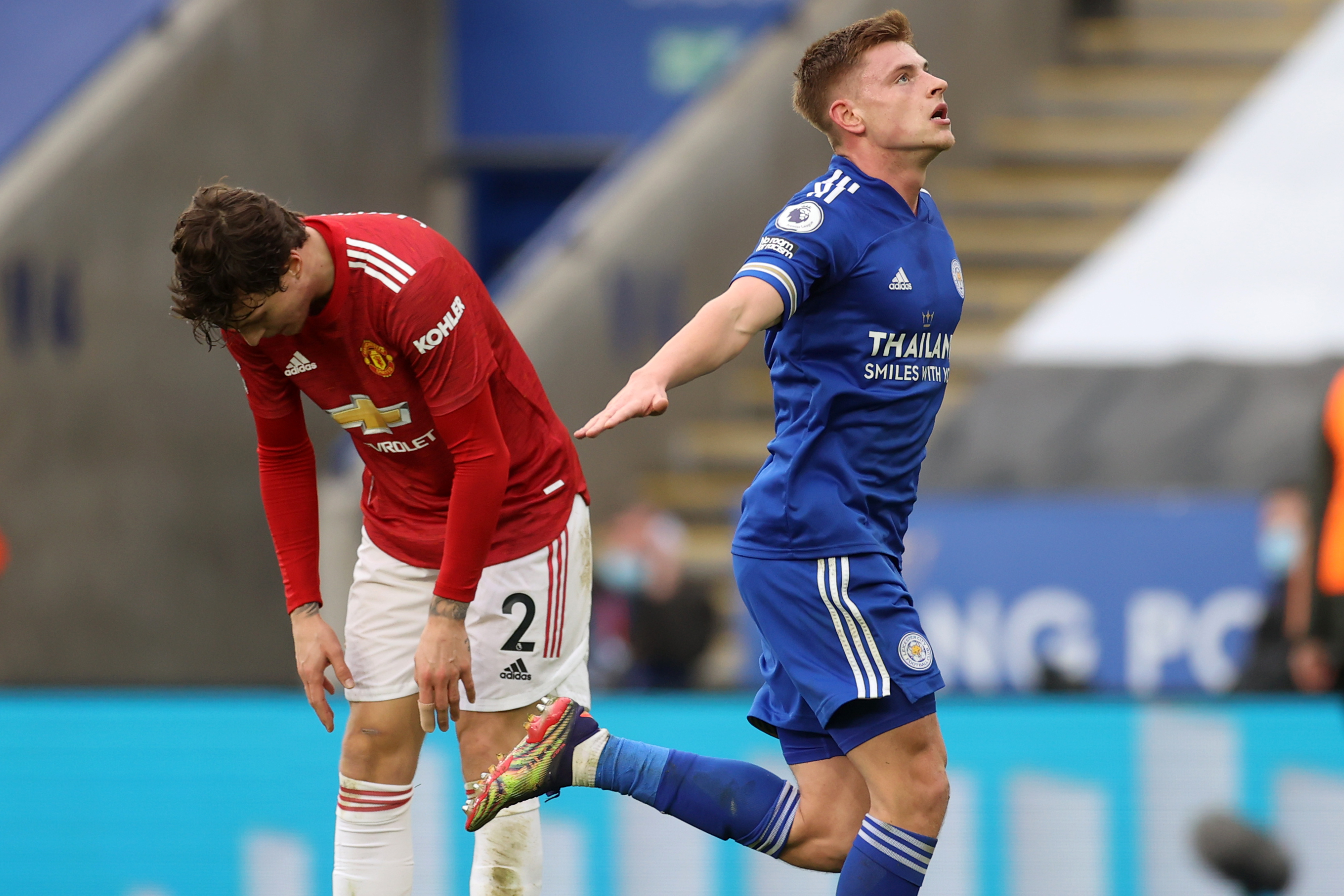 Manchester United denied record-equaling Premier League away win by late Foxes equalizer