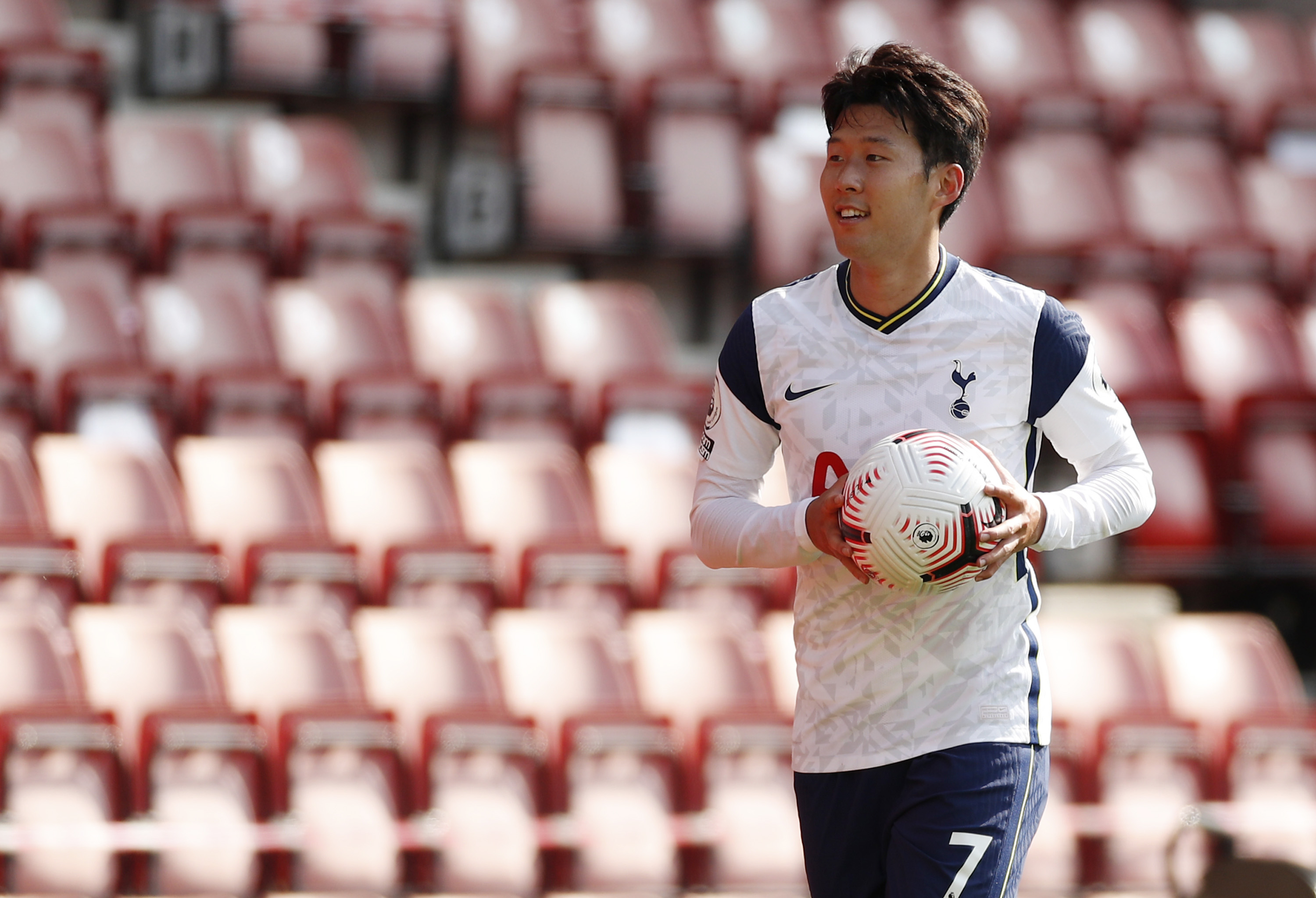 Son Heung-min sends out message with four goals as Spurs rout Saints