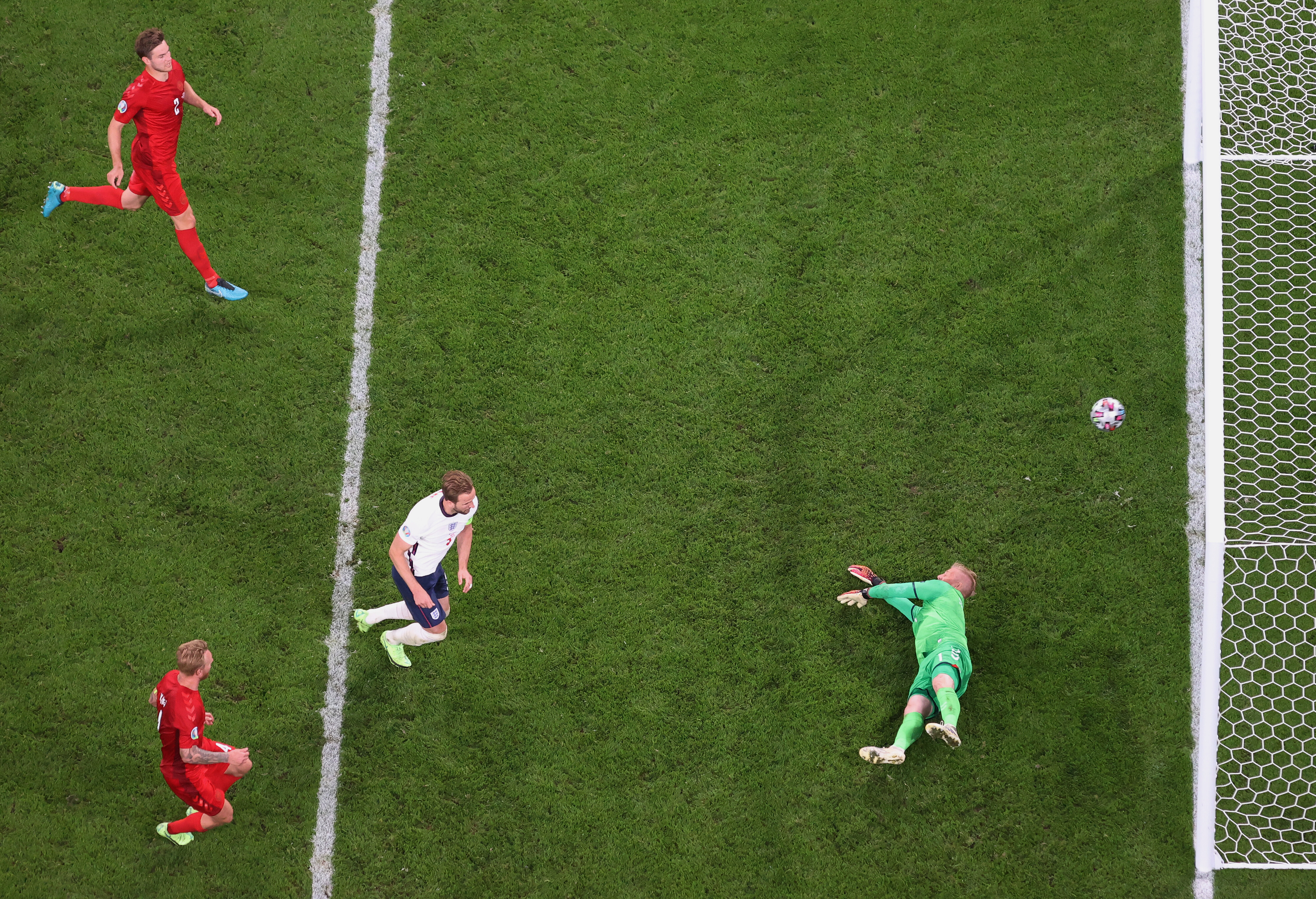 Euro 2020: England fined over $35,000 for laser incident during semifinal win over Denmark