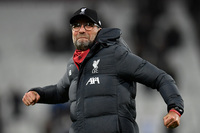 Liverpool continues its unbeaten streak to equal English Premier League record