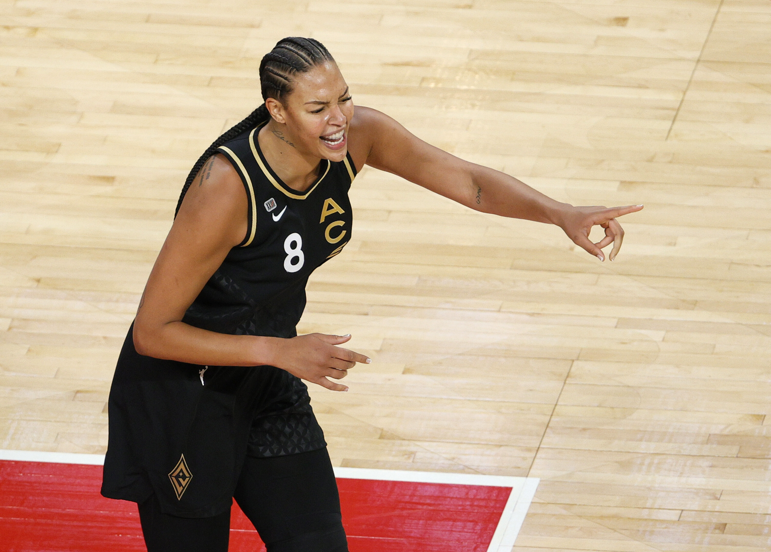 Australian and WNBA star Liz Cambage withdraws from Olympics, citing mental health