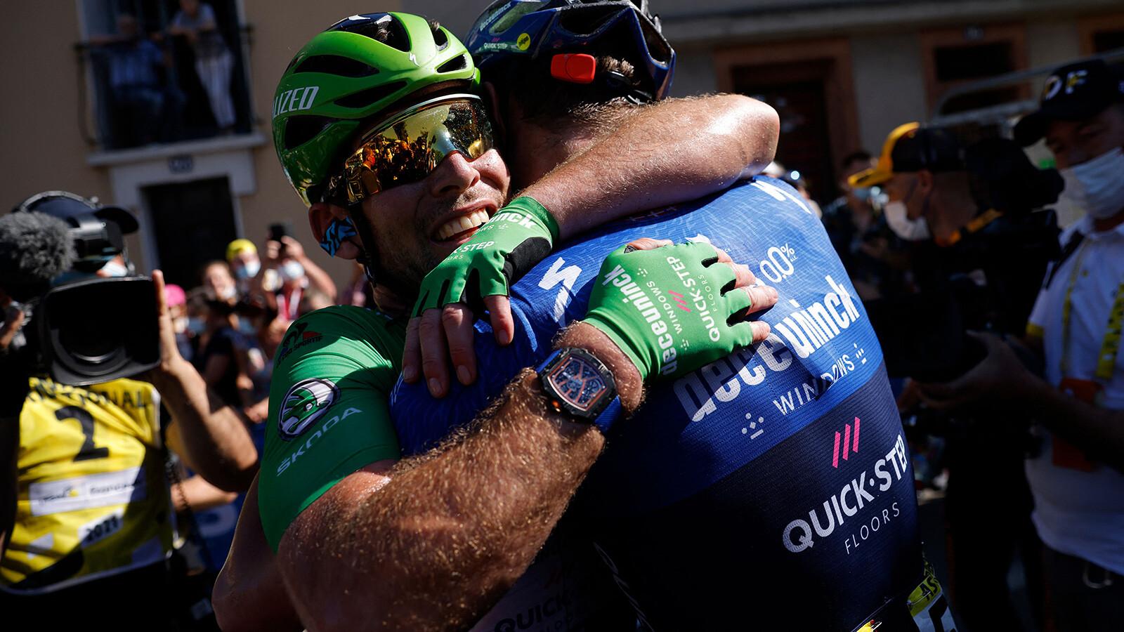 British cyclist Mark Cavendish equals Eddy Merckx's Tour de France record