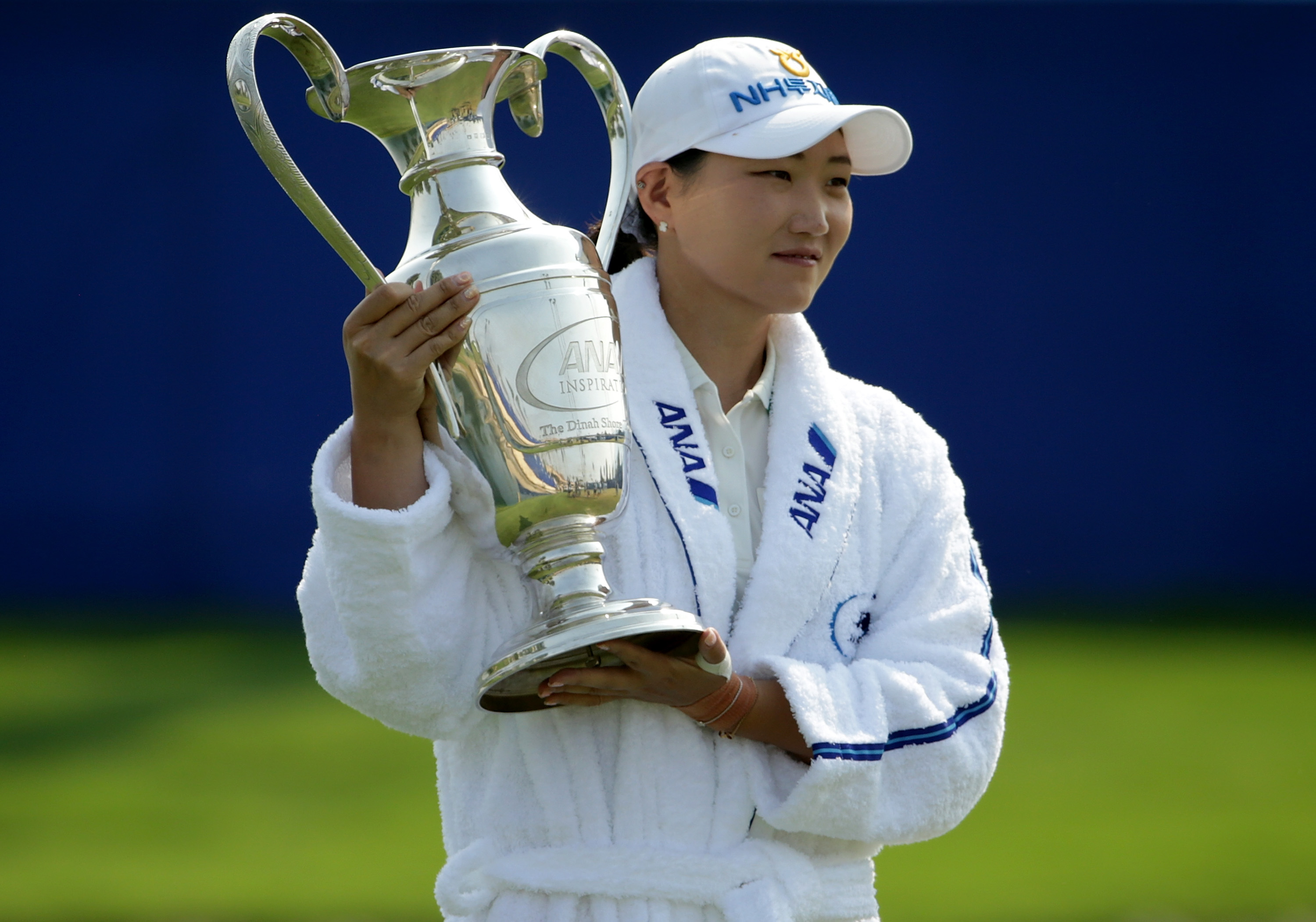 Mirim Lee wins first golf major with victory at the ANA Inspiration