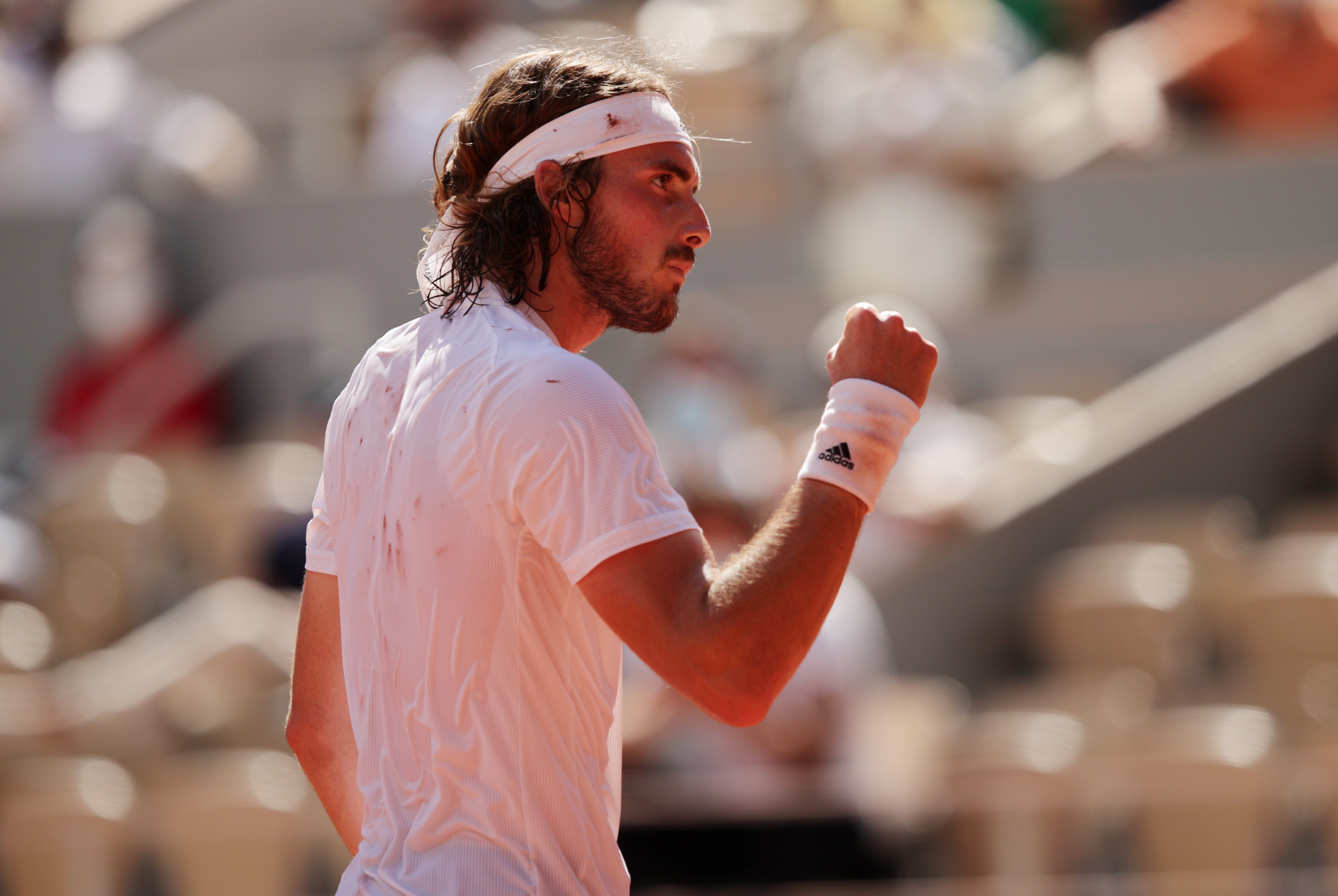 Stefanos Tsitsipas reaches first career grand slam final with win over Alexander Zverev at French Open