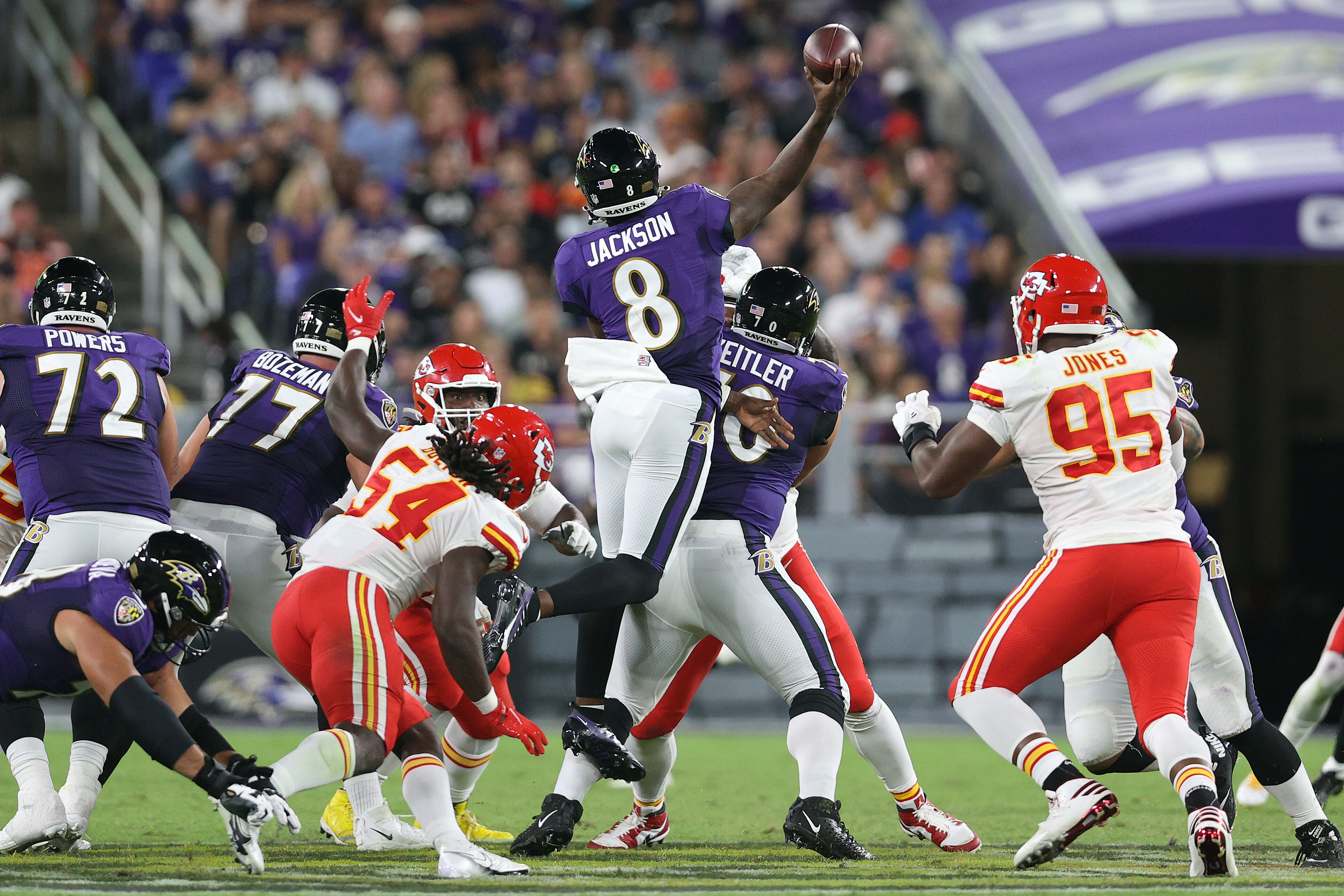 Lamar Jackson shows nerves of steel with gutsy, fourth-down call to beat Patrick Mahomes, Kansas City Chiefs