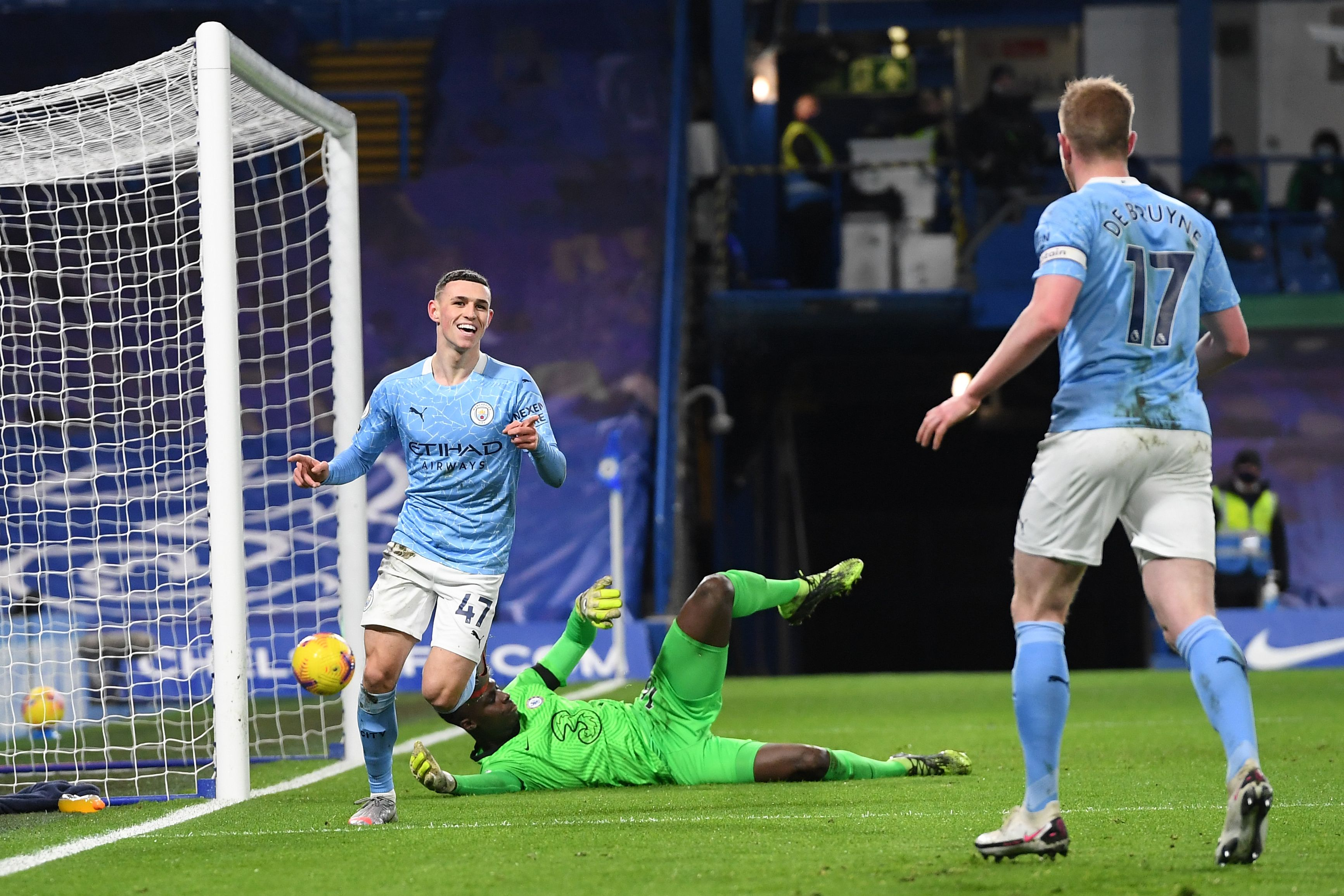 Covid-hit Manchester City cruises to win at struggling Chelsea