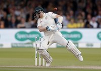 Steve Smith's concussion raises troubling memories for Australian cricket