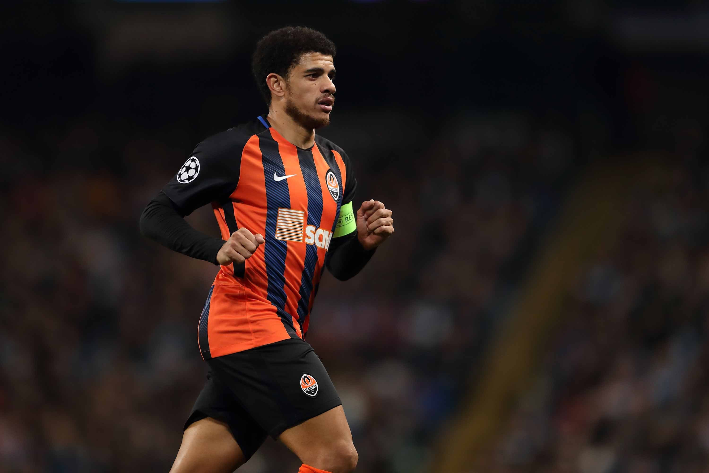 Shakhtar Donetsk midfielder Taison sent off for reacting to racist abuse
