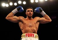 Love Island star and pro boxer Tommy Fury eyes fight with KSI