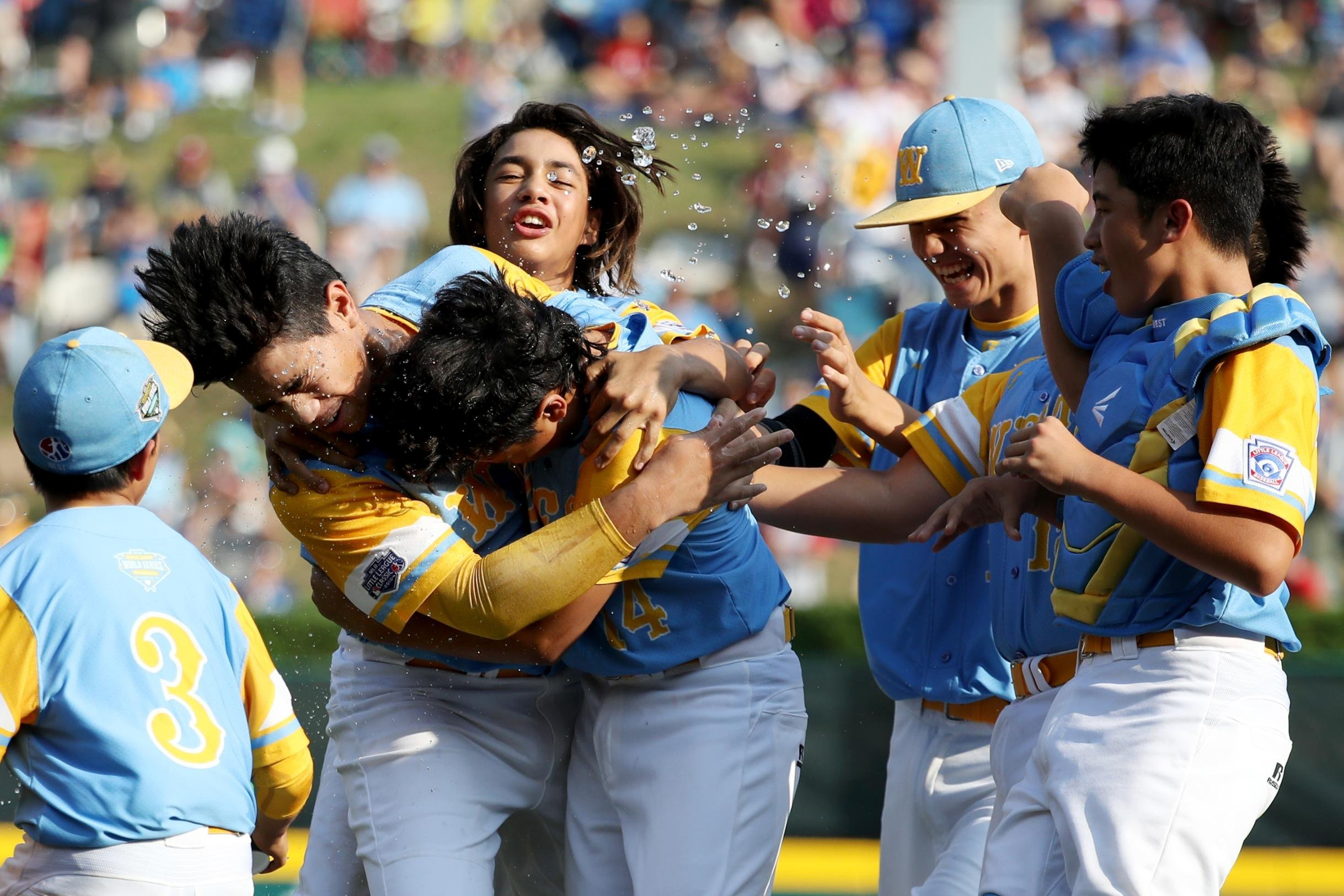 Weekend sports guide: College football is back and Little League and PGA Tour crown champions