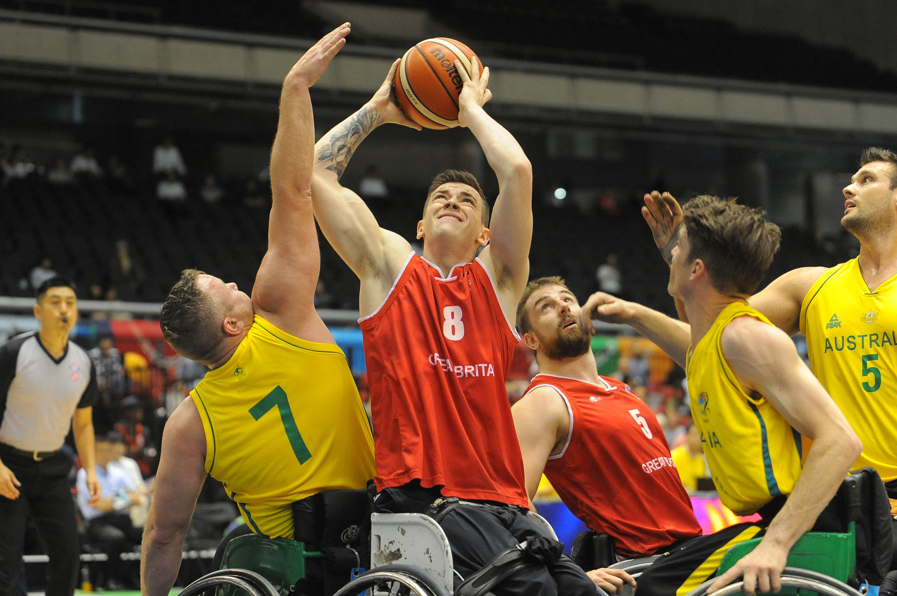 Wheelchair basketball player considers leg amputation after rule change