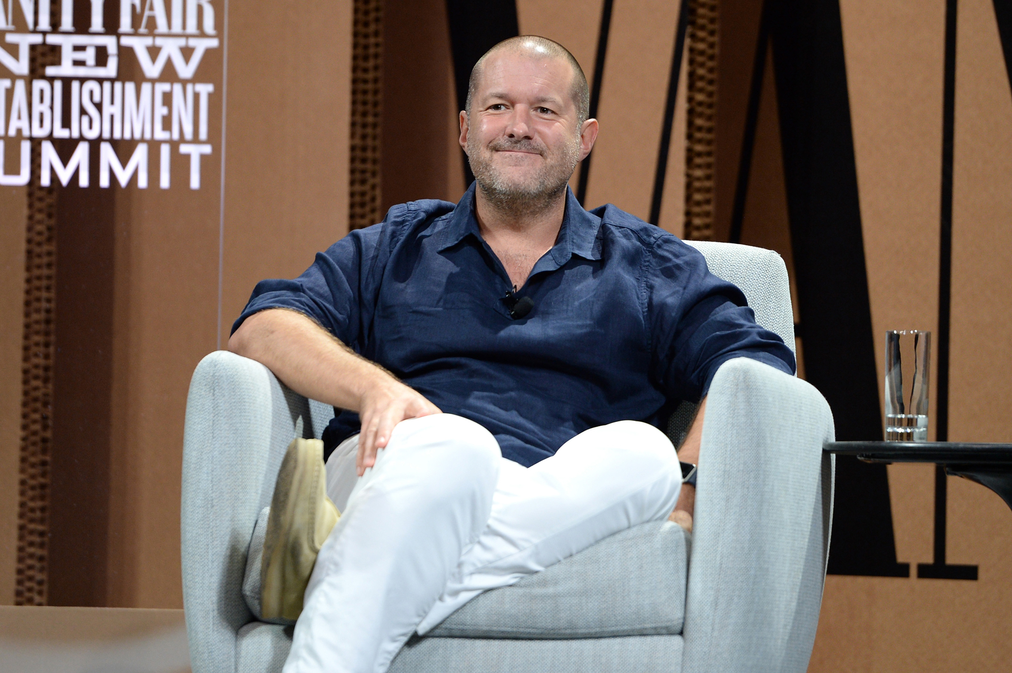Legendary Apple designer Jony Ive will work with Airbnb on future products