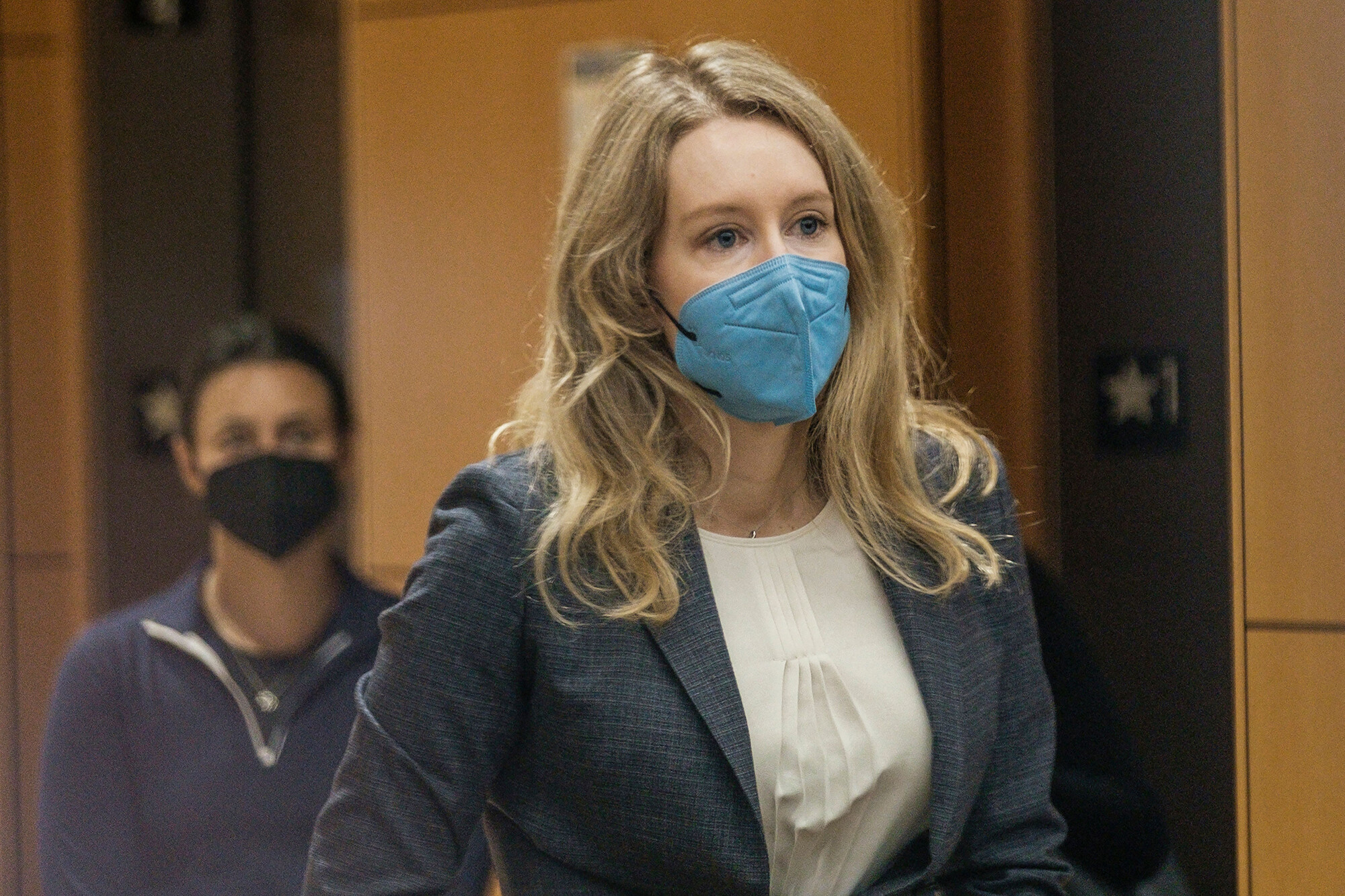Elizabeth Holmes moved ahead with Walgreens rollout despite internal concerns, former Theranos scientist testifies