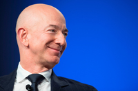 Jeff Bezos just dropped $165 million on a new Beverly Hills mansion