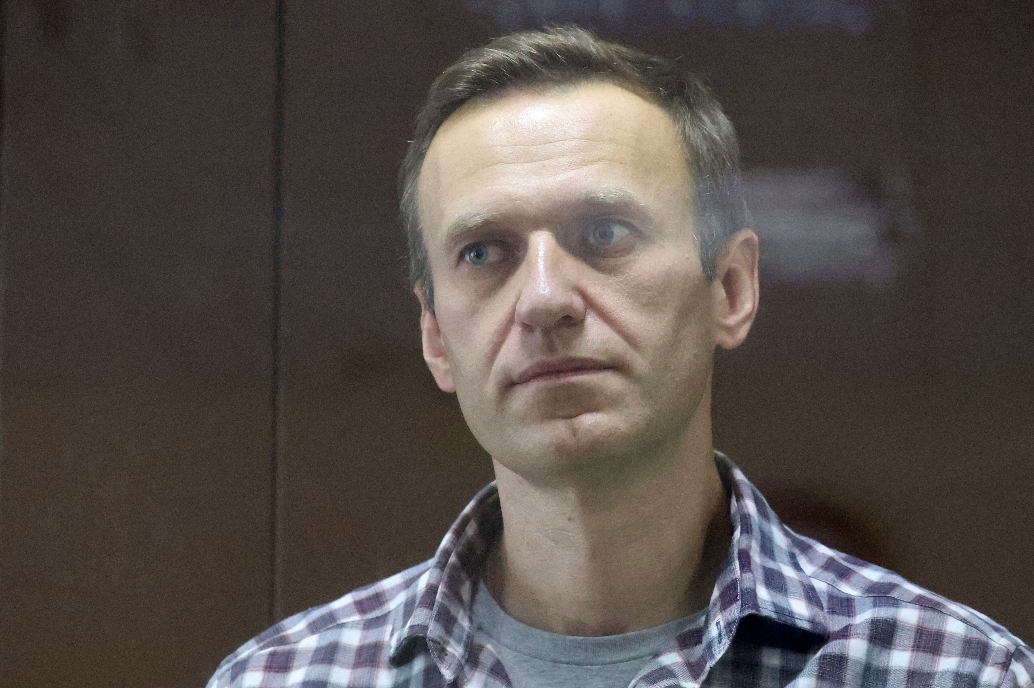 Google and Apple said to have removed Navalny voting app as Russian elections begin