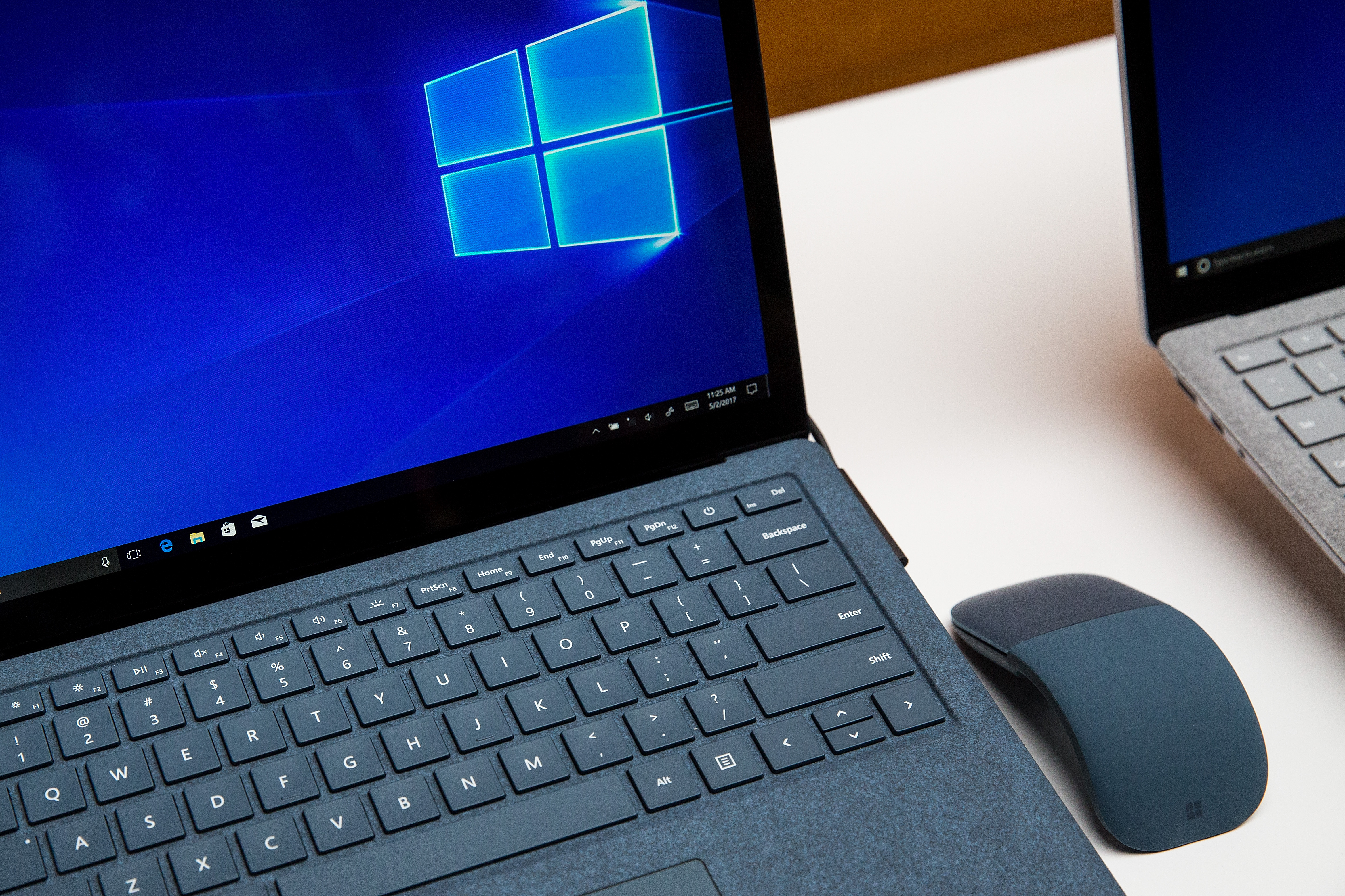 Windows 11 has leaked. It's a bunch of BS