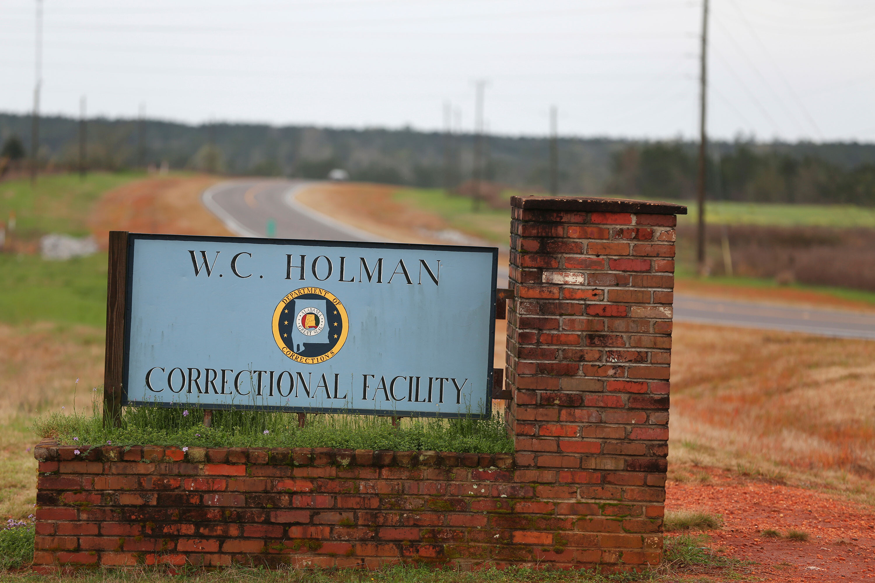 Alabama death row inmate is executed nearly 30 years after murder conviction